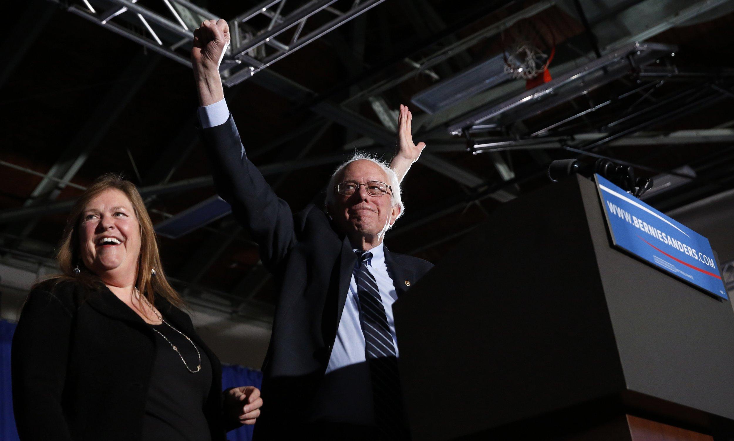 Bernie Sanders Donald Trump Republican Democratic New Hampshire