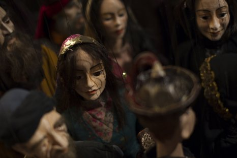 Spanish puppeteers freed after terrorism arrest