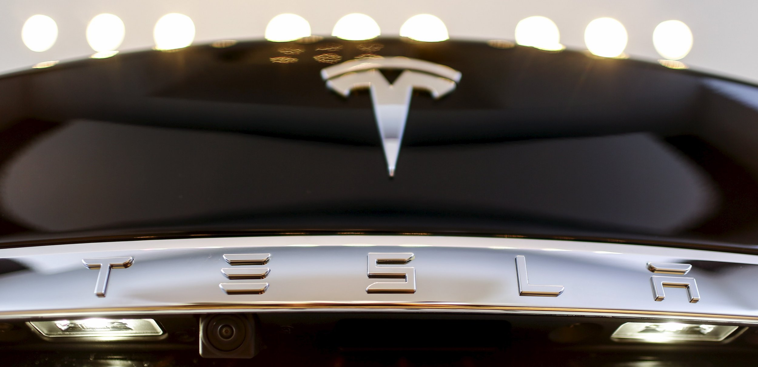 Tesla Model 3 rumors specs speed