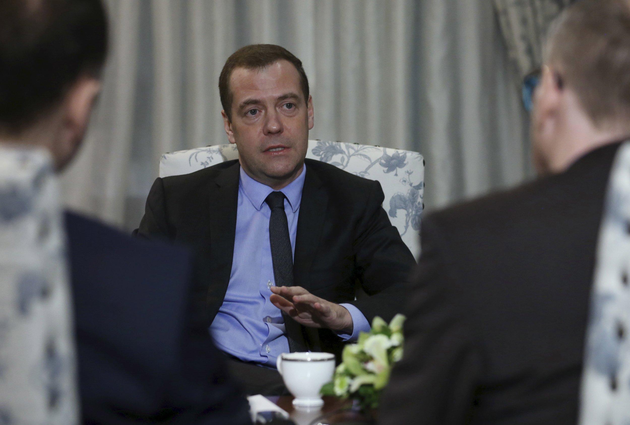 Medvedev talks to German press in Munich