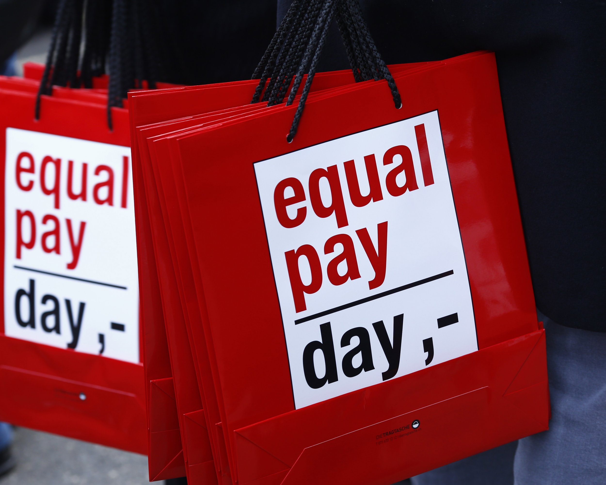 0212_equal_pay