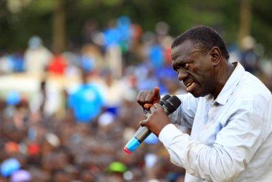 Kizza Besigye campaigns in Jinja, Uganda.