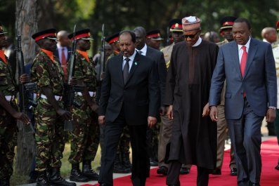 Hassan Sheikh Mohamud with Muhammadu Buhari and Uhuru Kenyatta.