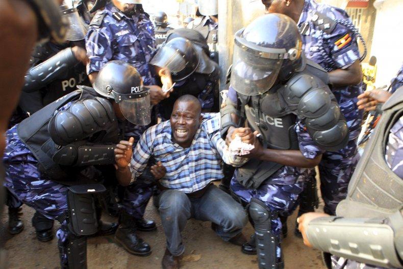 02_16_uganda_elections_02
