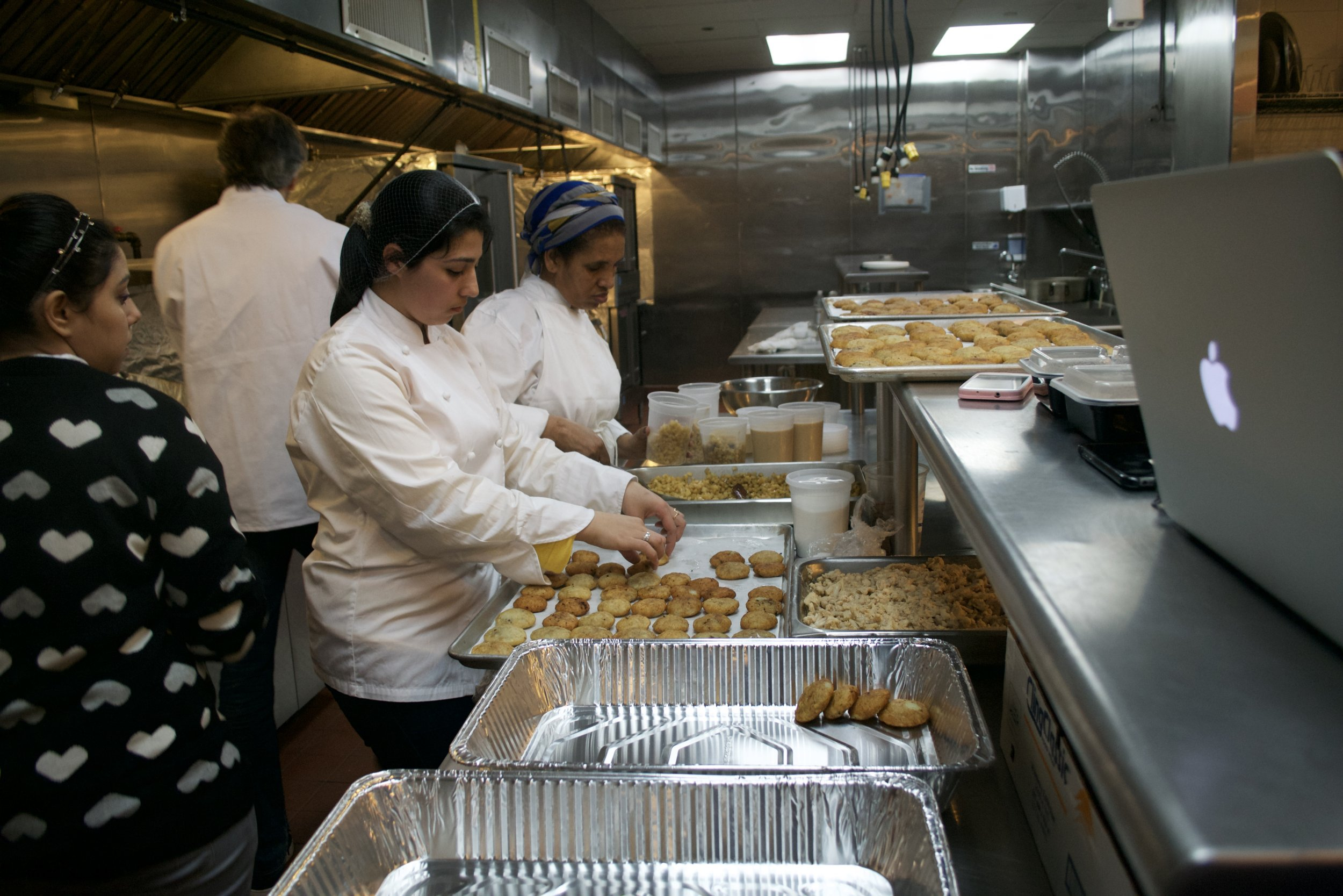 eat offbeat_refugees_new york_1