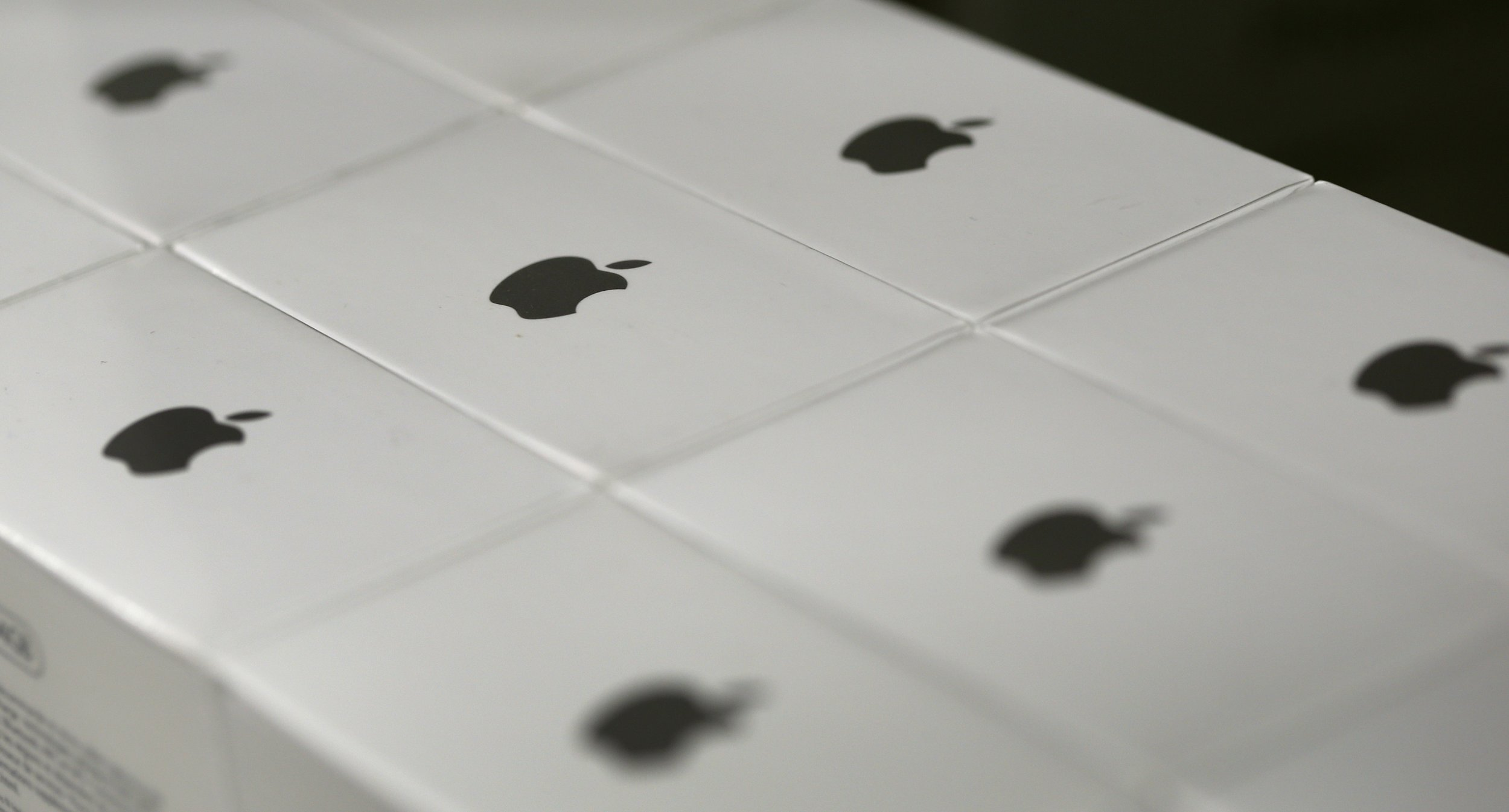 02_18_apple_encryption_01