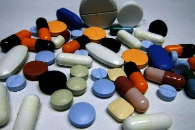 Pills_Pills_Pills