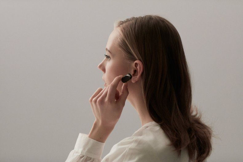 xperia ear sony AI artificial intelligence Her earpiece