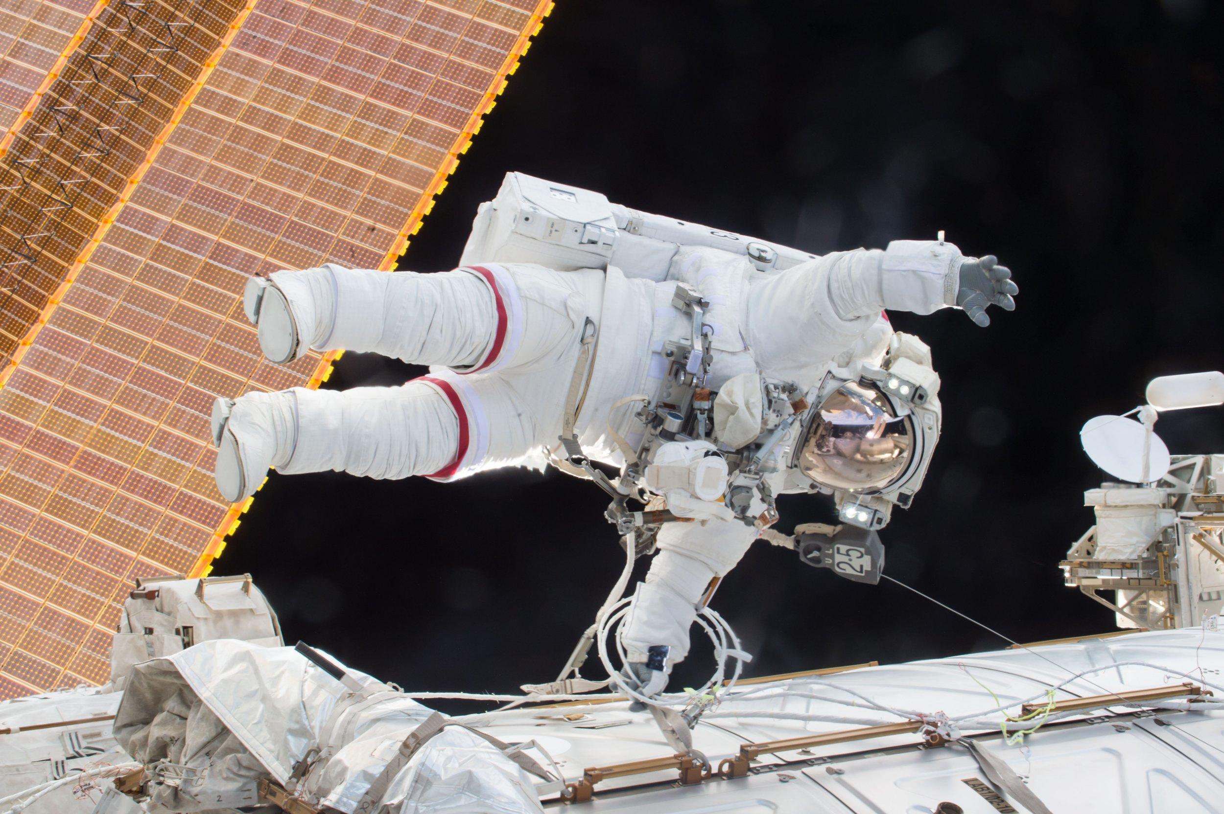 2-22-16 Astronaut