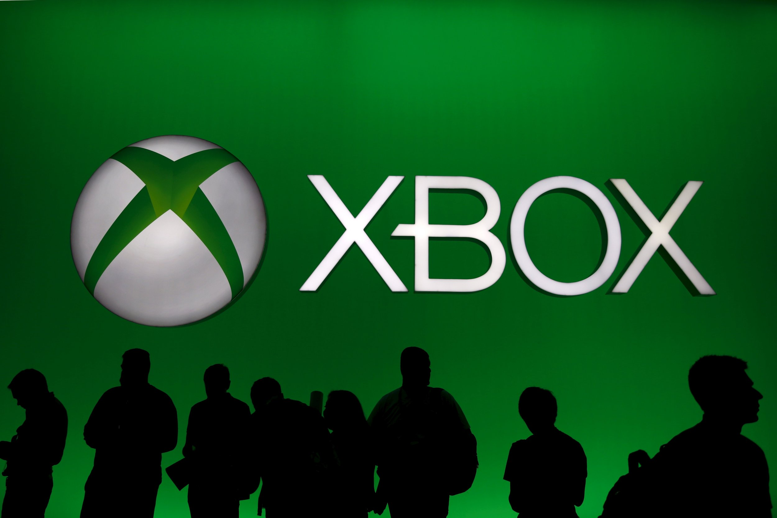 xbox live down hackers could knock network off the face of the