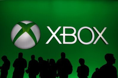 Xbox Live down offline attacks new world hackers network issues microsoft