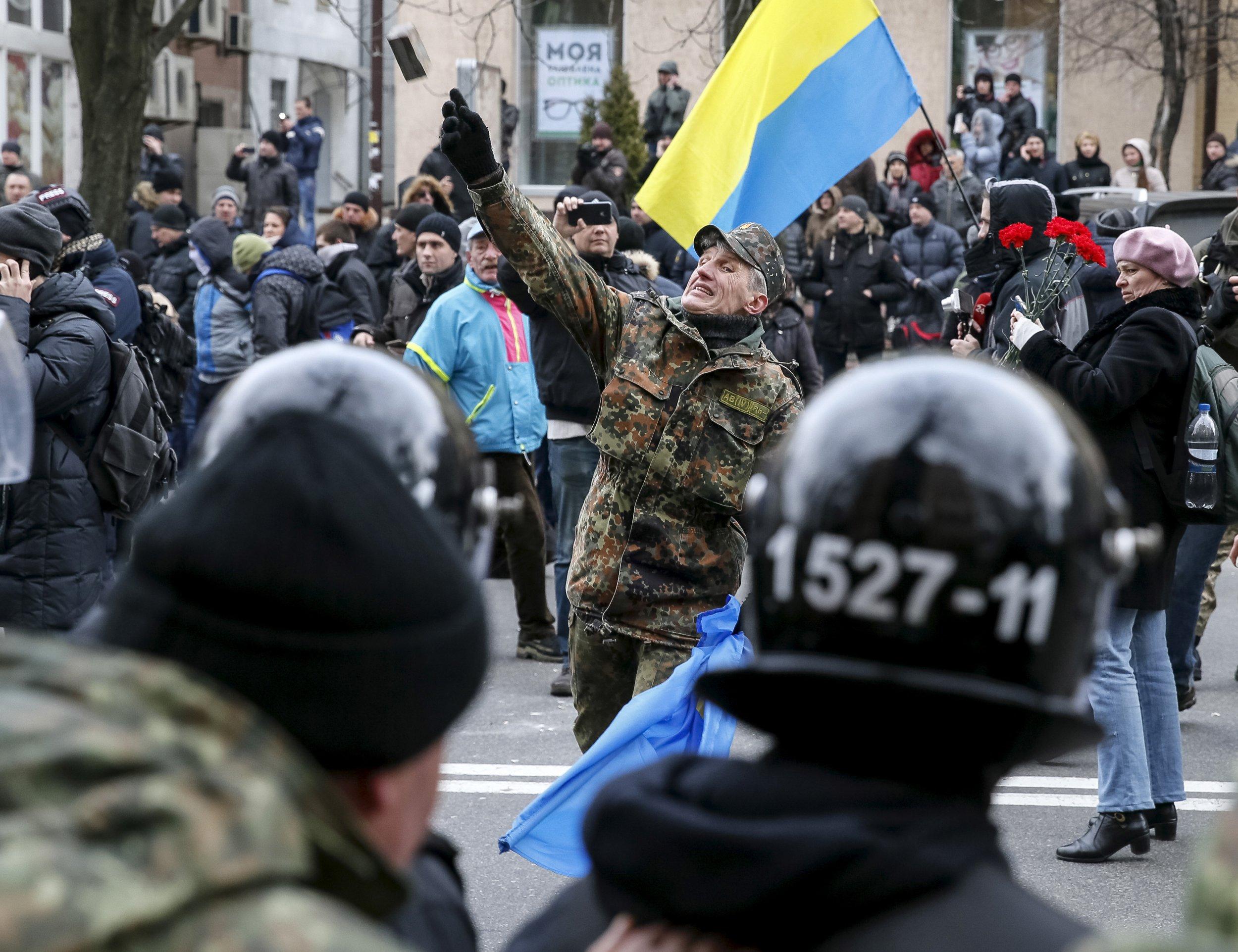 02_25_ukraine_russia_01