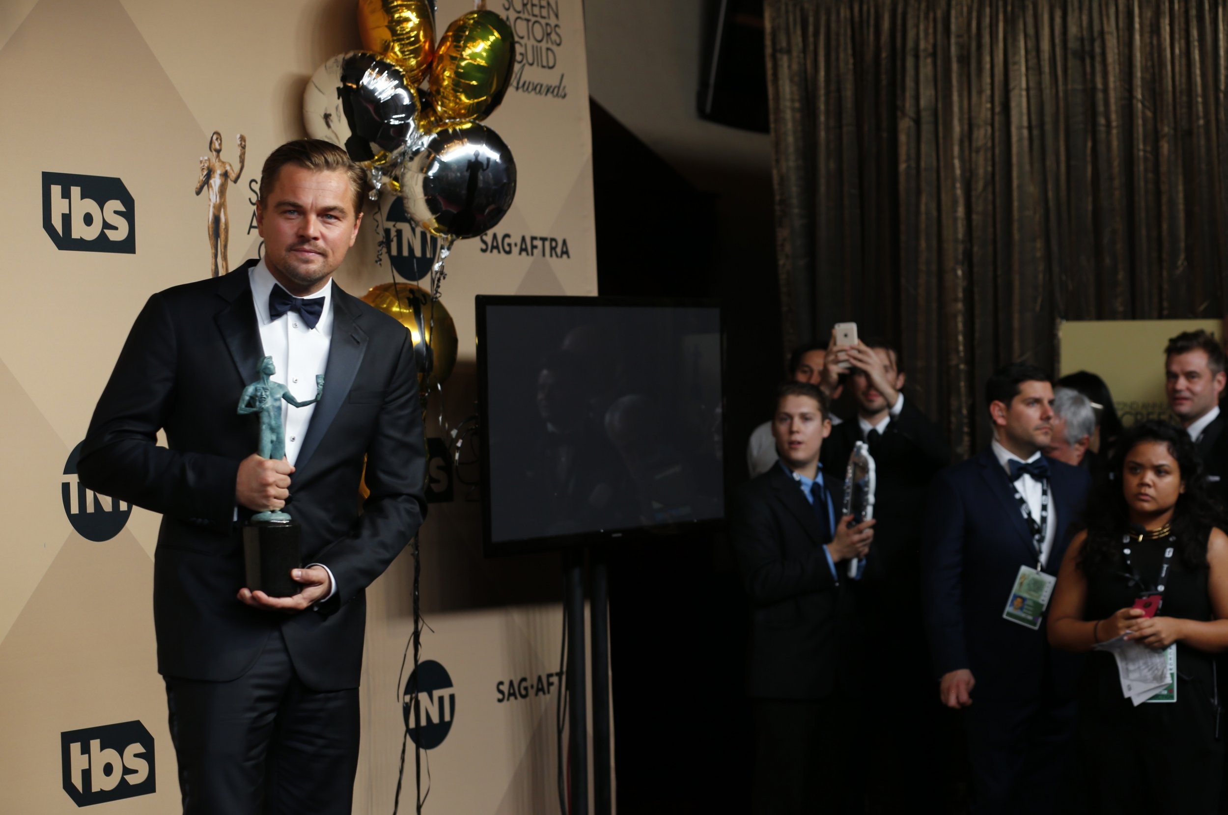 Leo holds a screen guild award