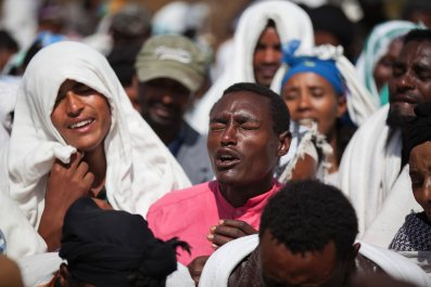Oromo people mourn the death of a suspected protester allegedly shot by Ethiopian security forces.