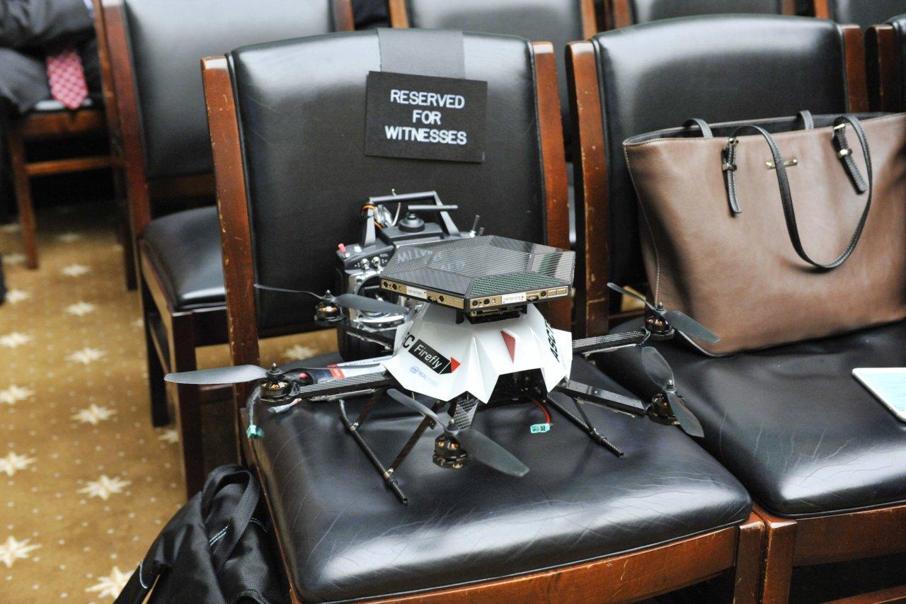03_11_Drones_01