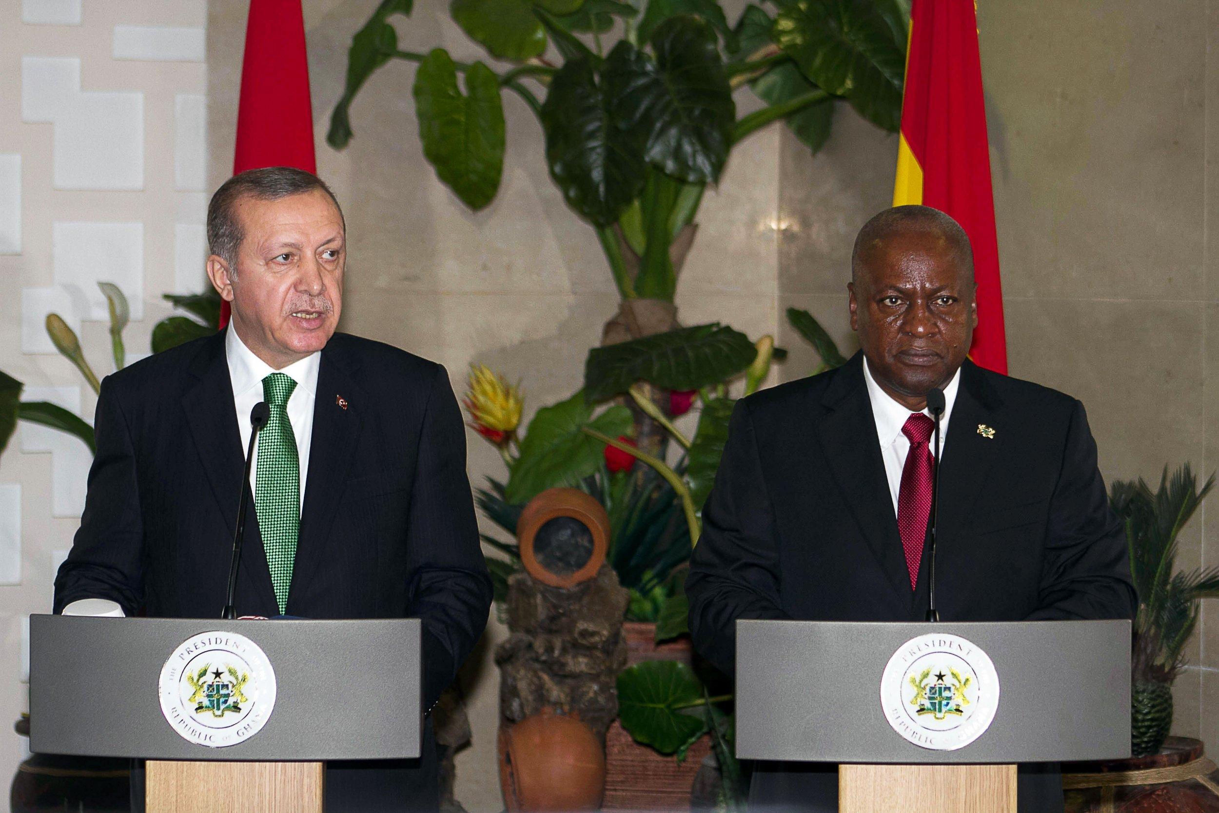 Turkish president Recep Tayyip Erdogan with Ghanaian president John Mahama.