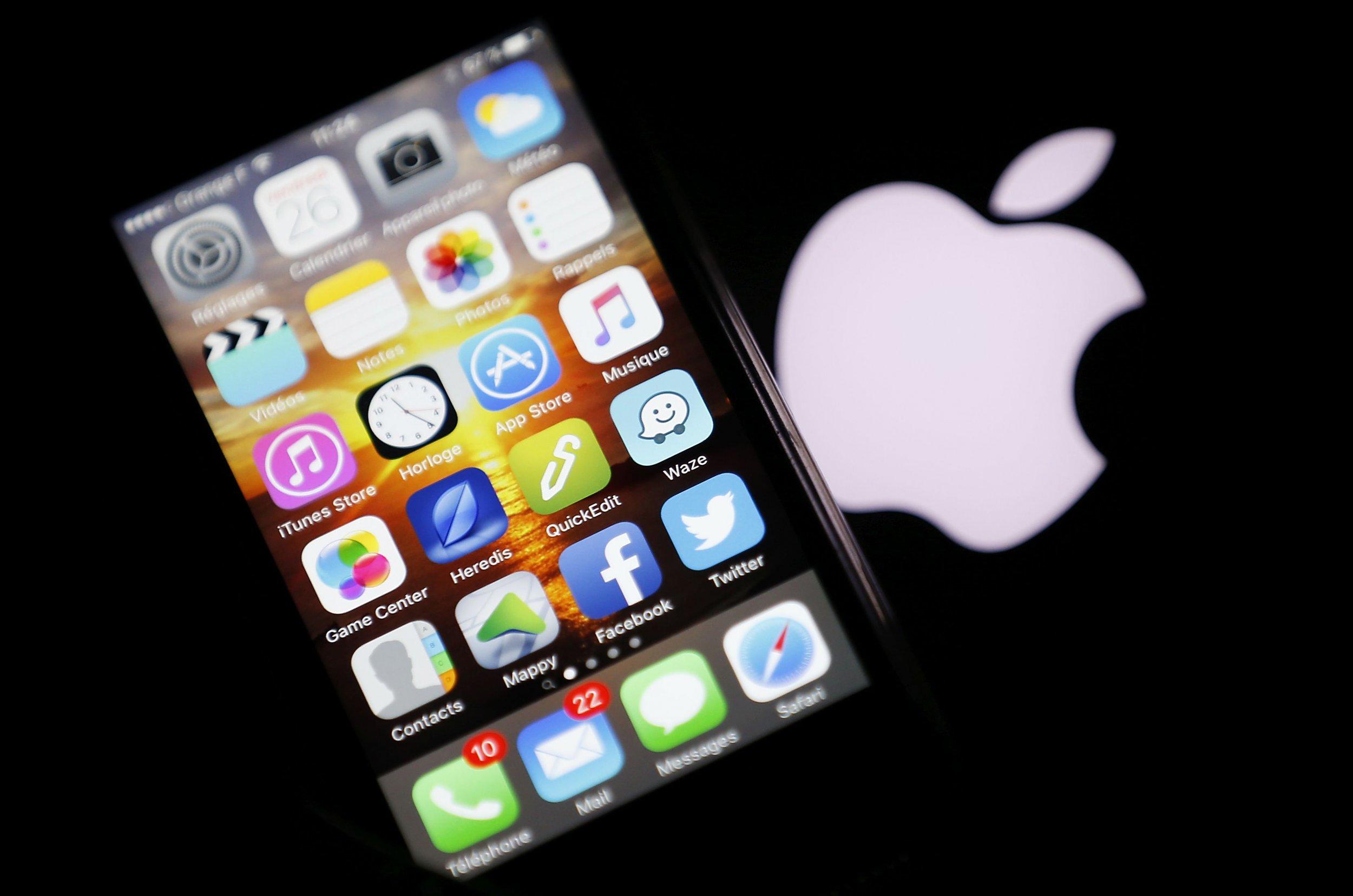 03_03_apple_tech_companies_01
