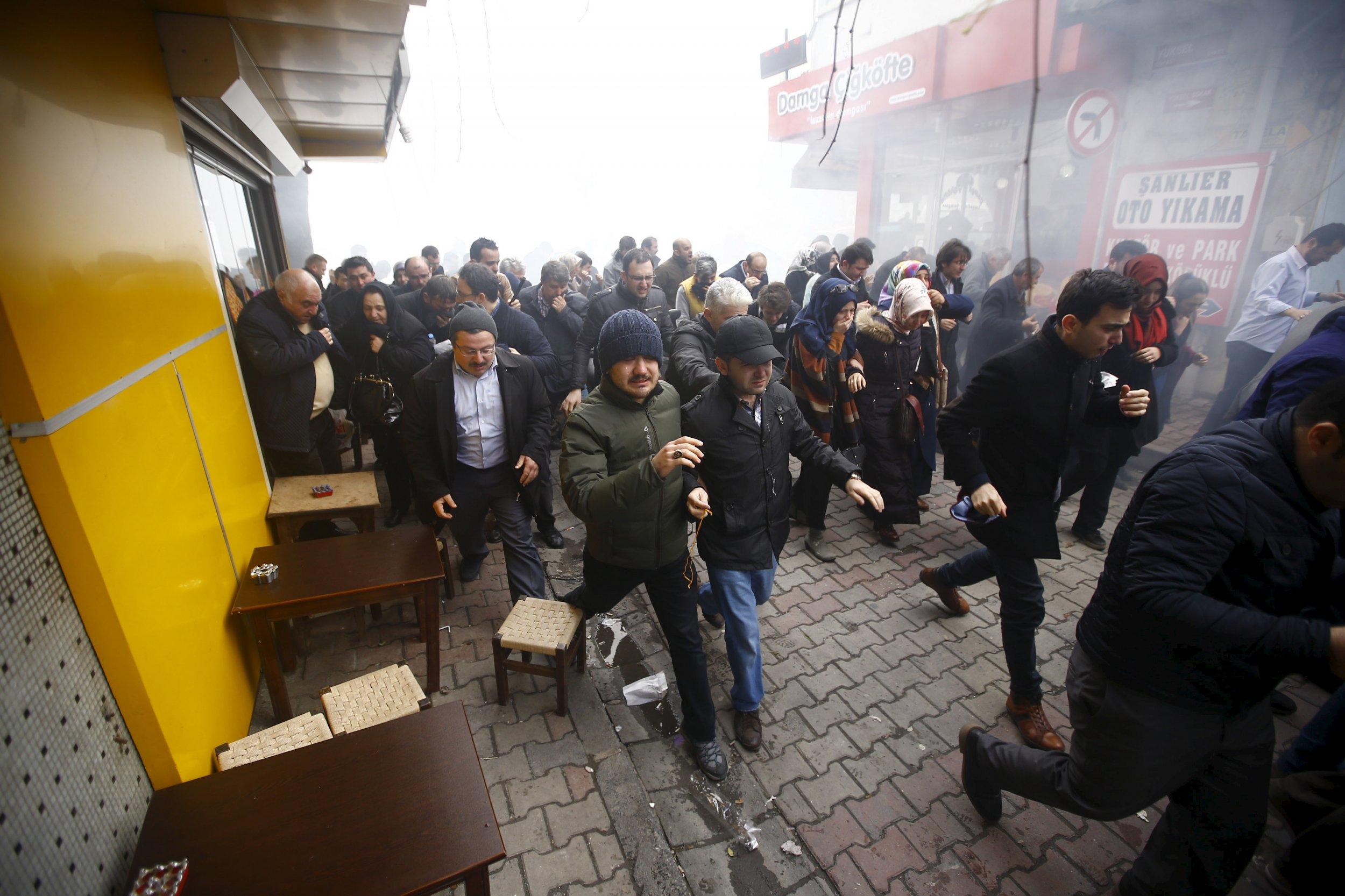 0305_turkey_newspaper