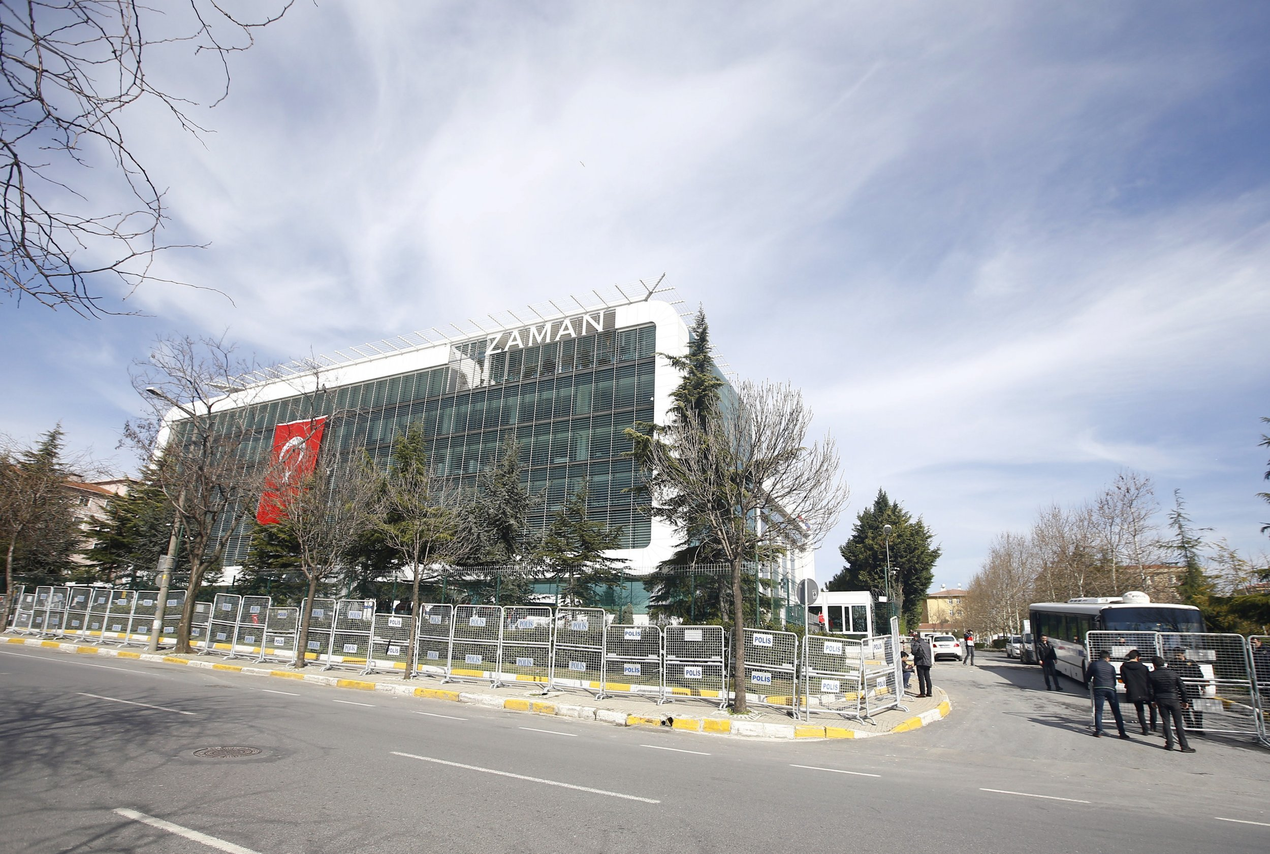 0306_turkey_newspaper