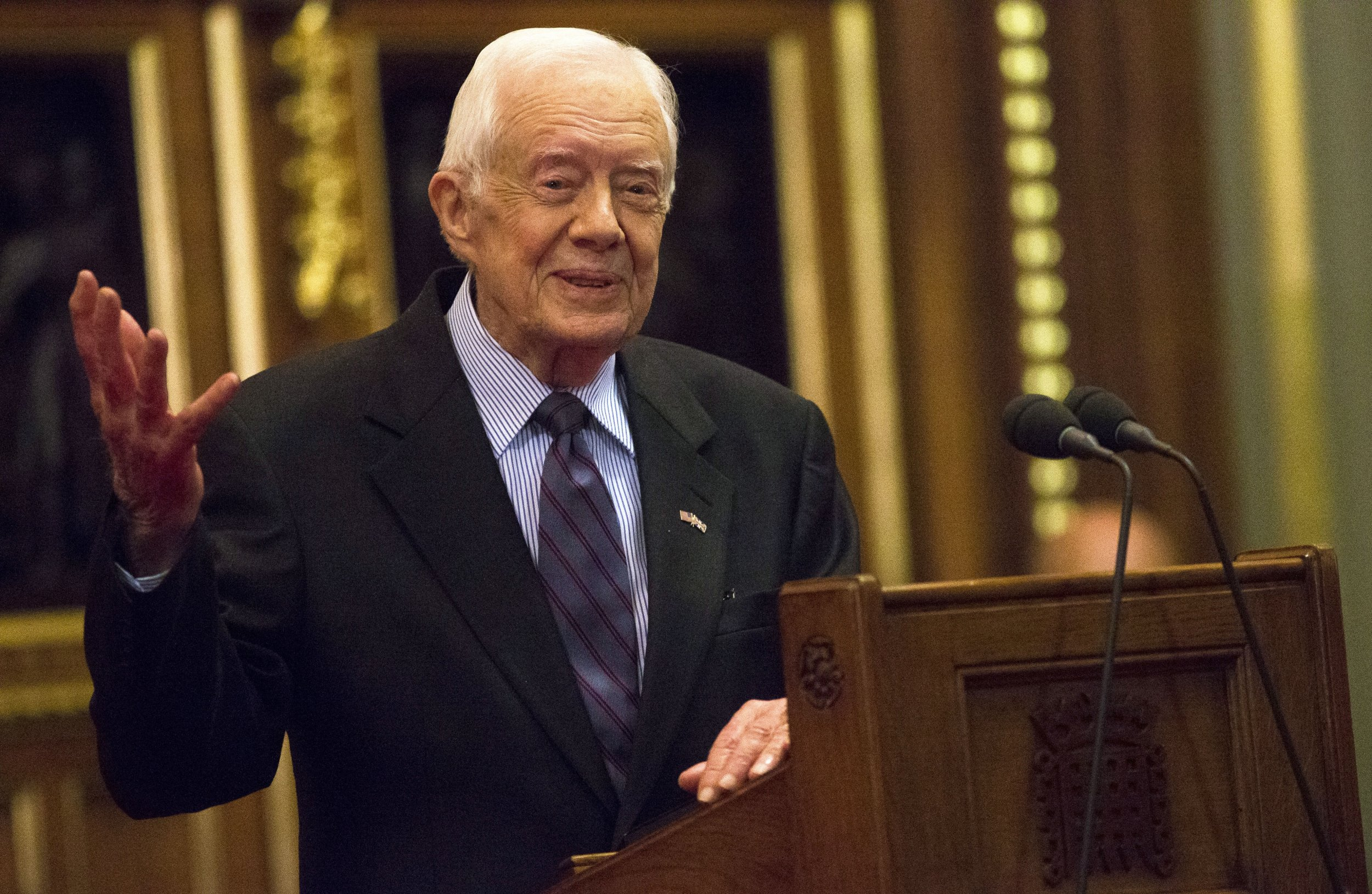 0307_Jimmy_Carter_end_cancer_treatments_01