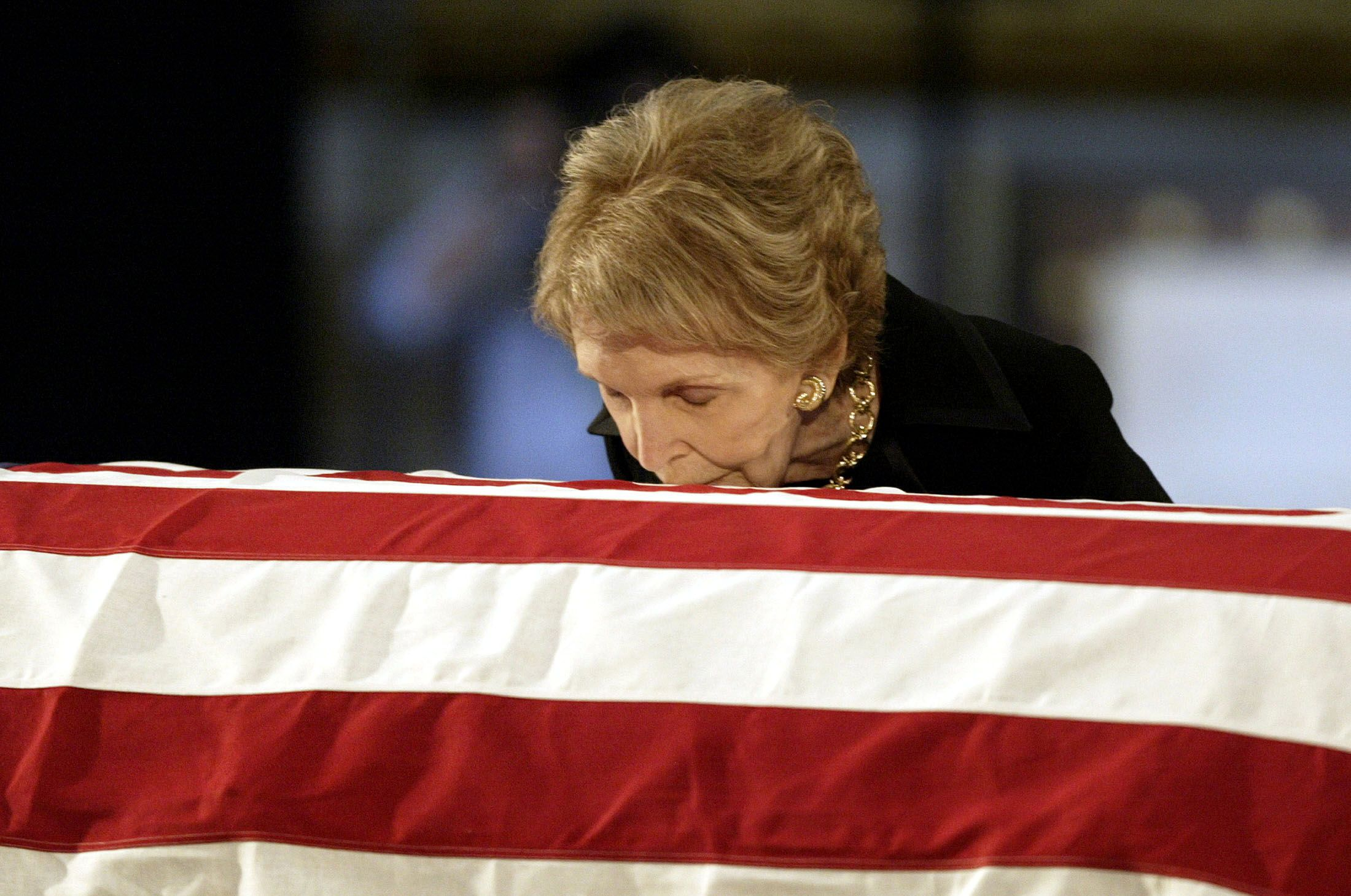 How Nancy Reagan coped with Ronald Reagan s Alzheimer s Disease