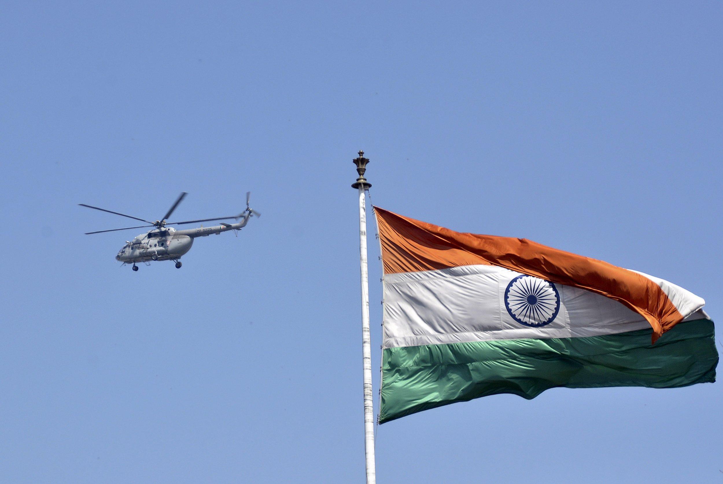 03_08_India_Flag_01