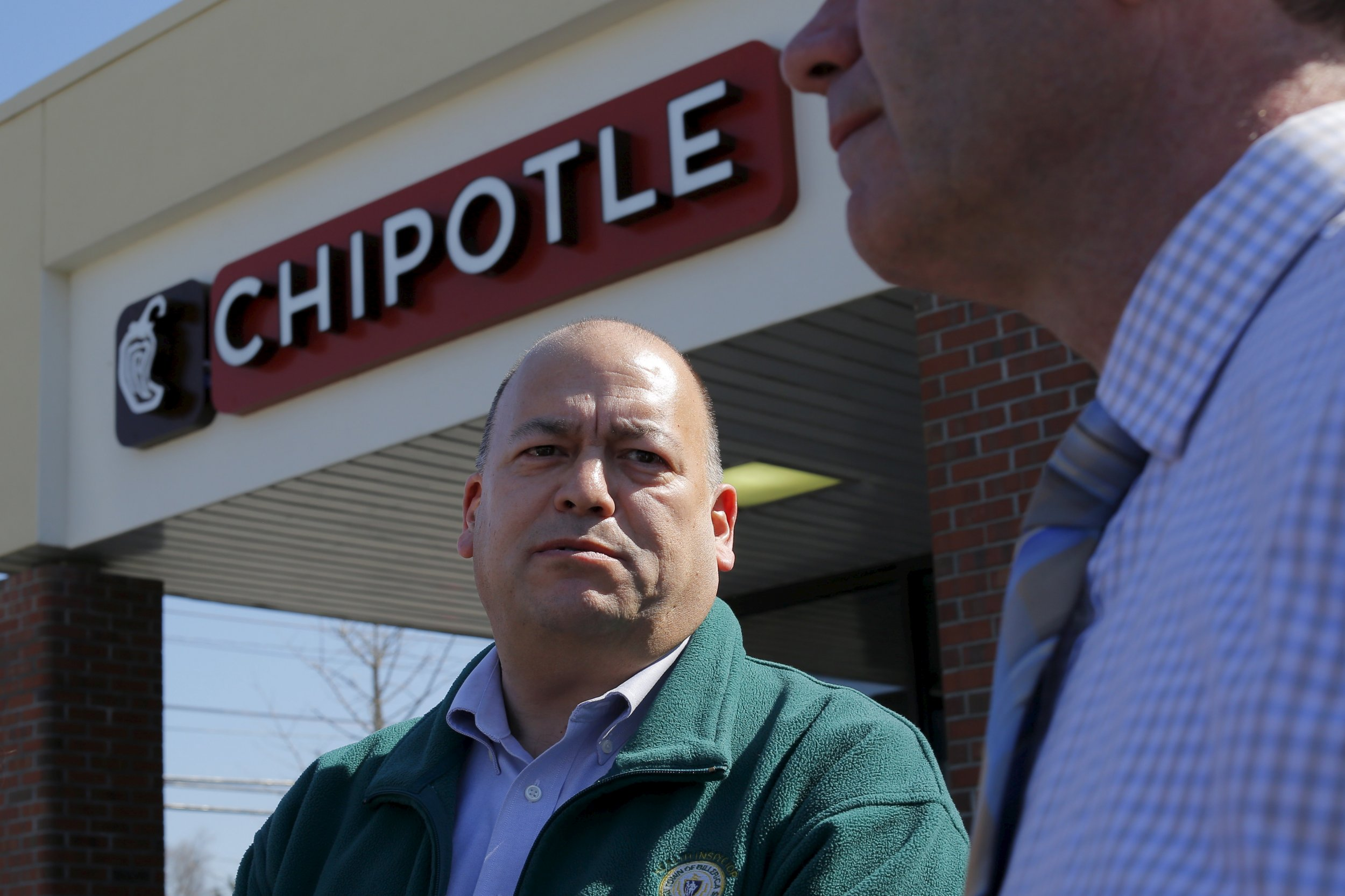 Chipolte to reopen store in norovirus scare