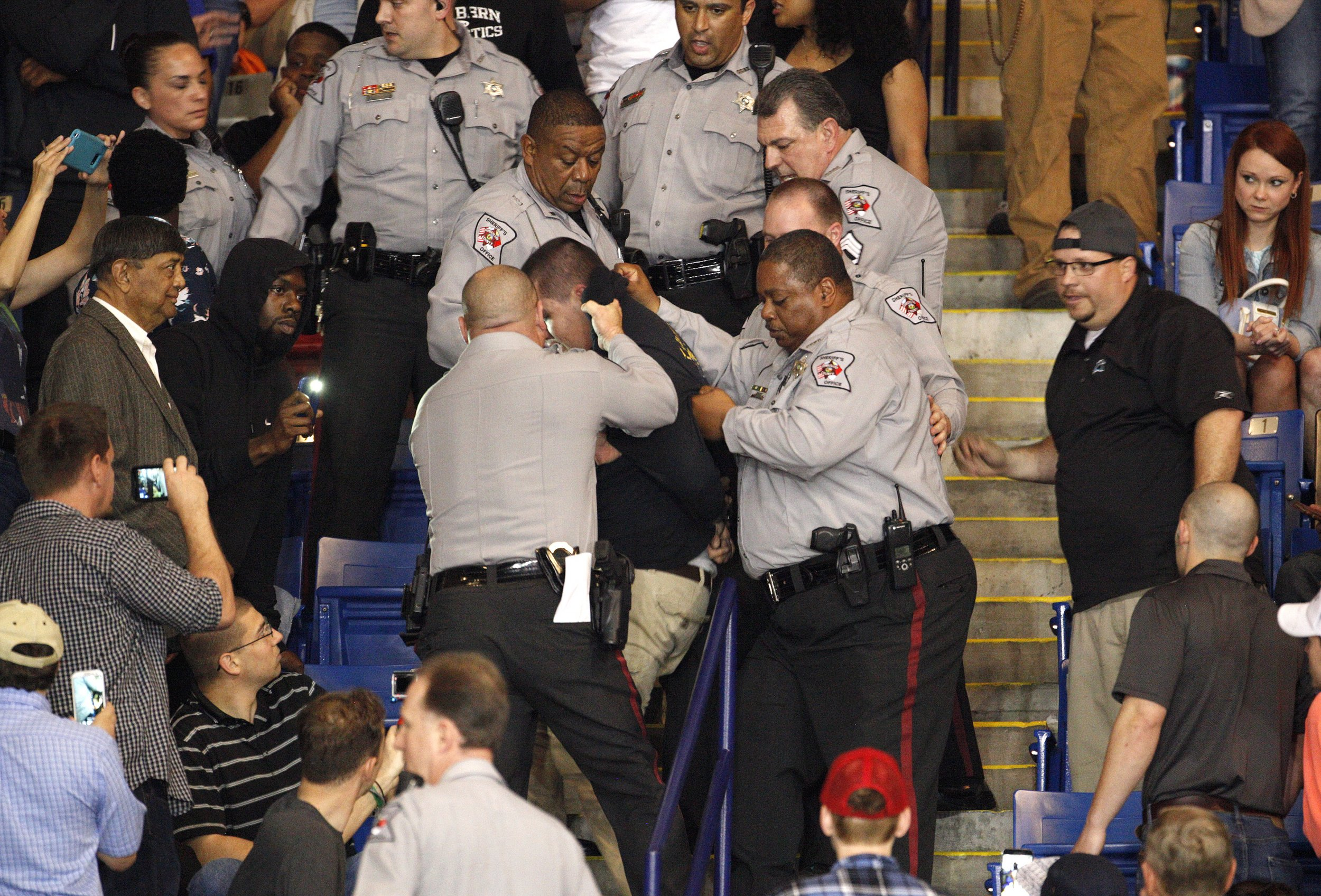 03_10_Trump_Rally_Protester_Arrested_Assault