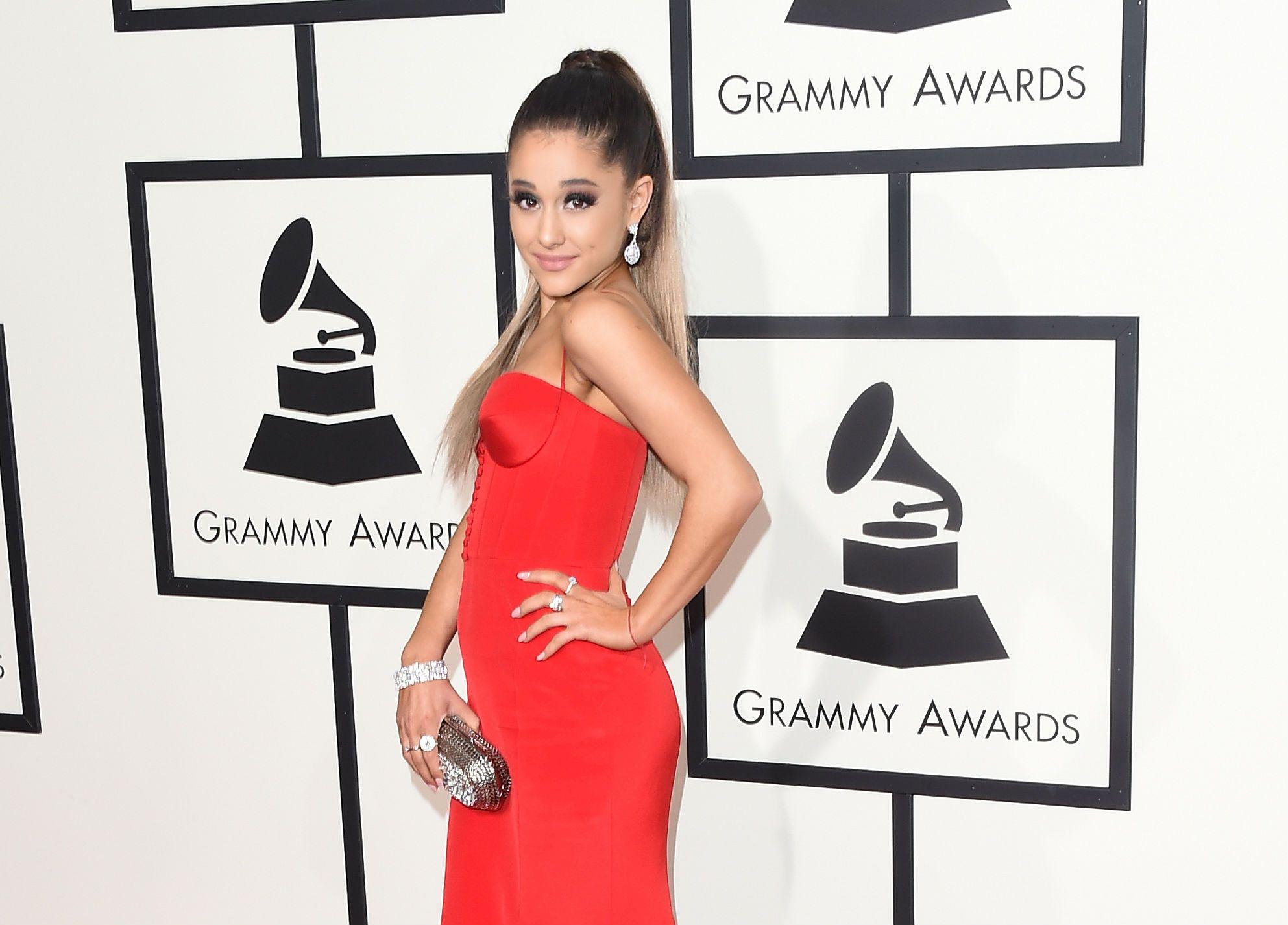 Ariana Grande at 2016 Grammys