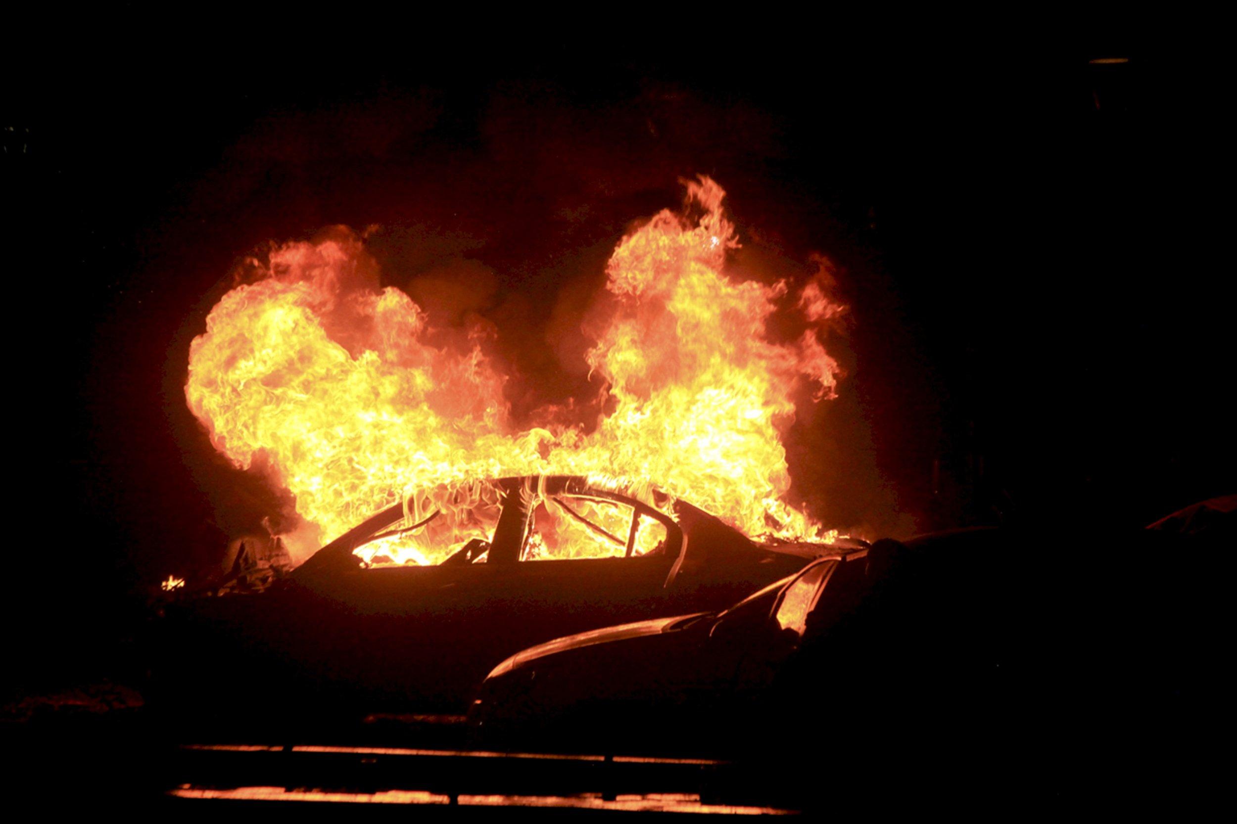 Ankara car bomb kills 37.