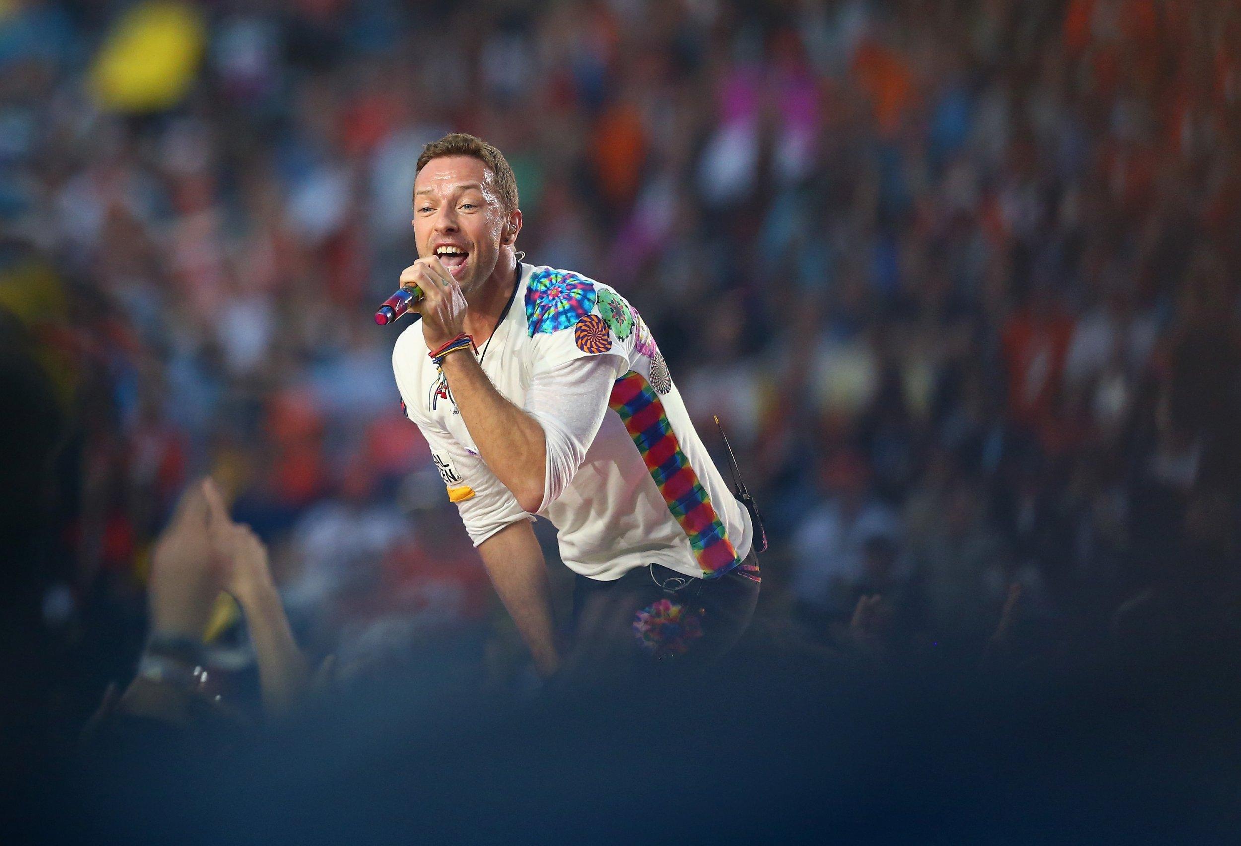 Coldplay perform at Super Bowl 50