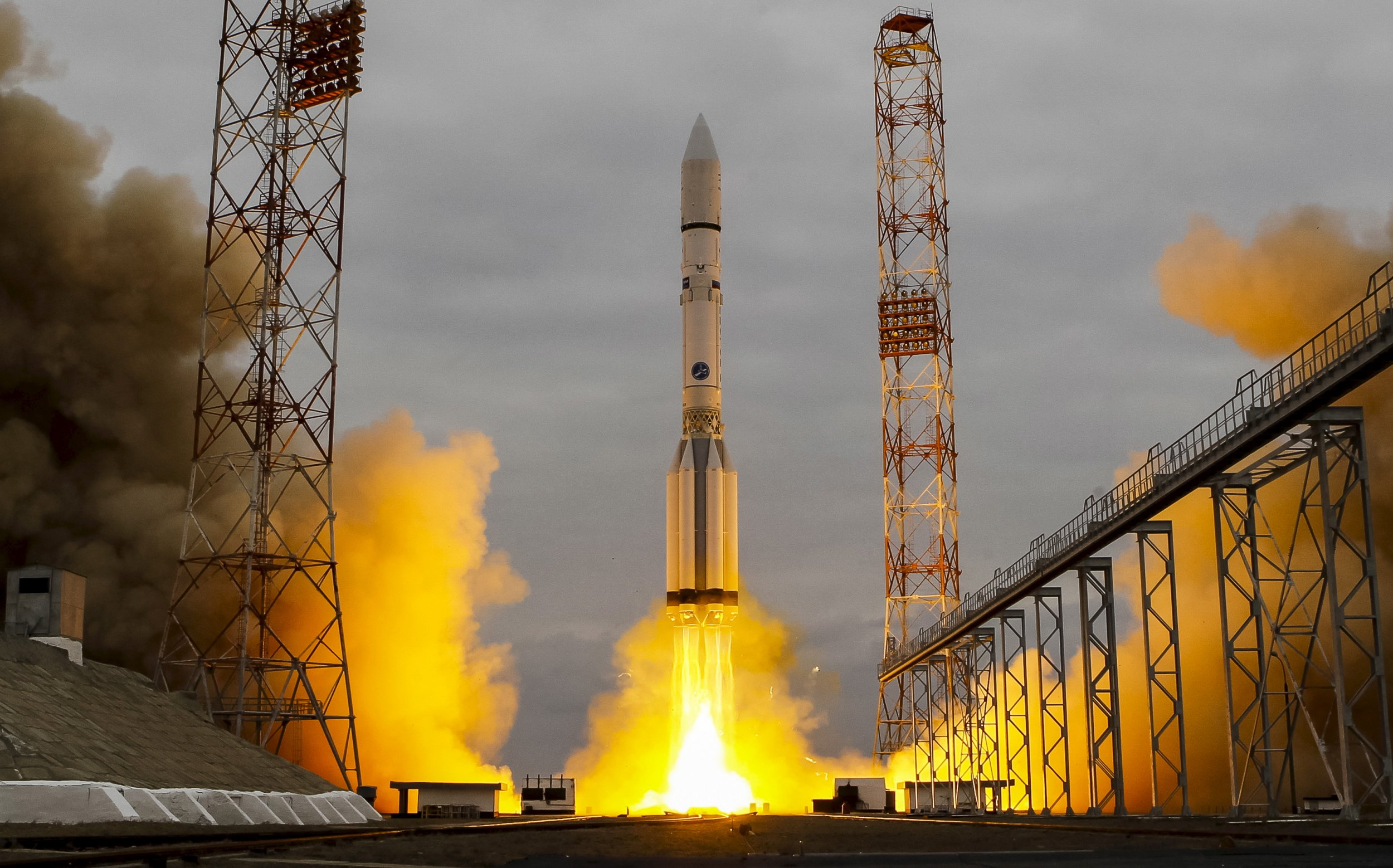 Europe Russia launch rocket life on Mars.