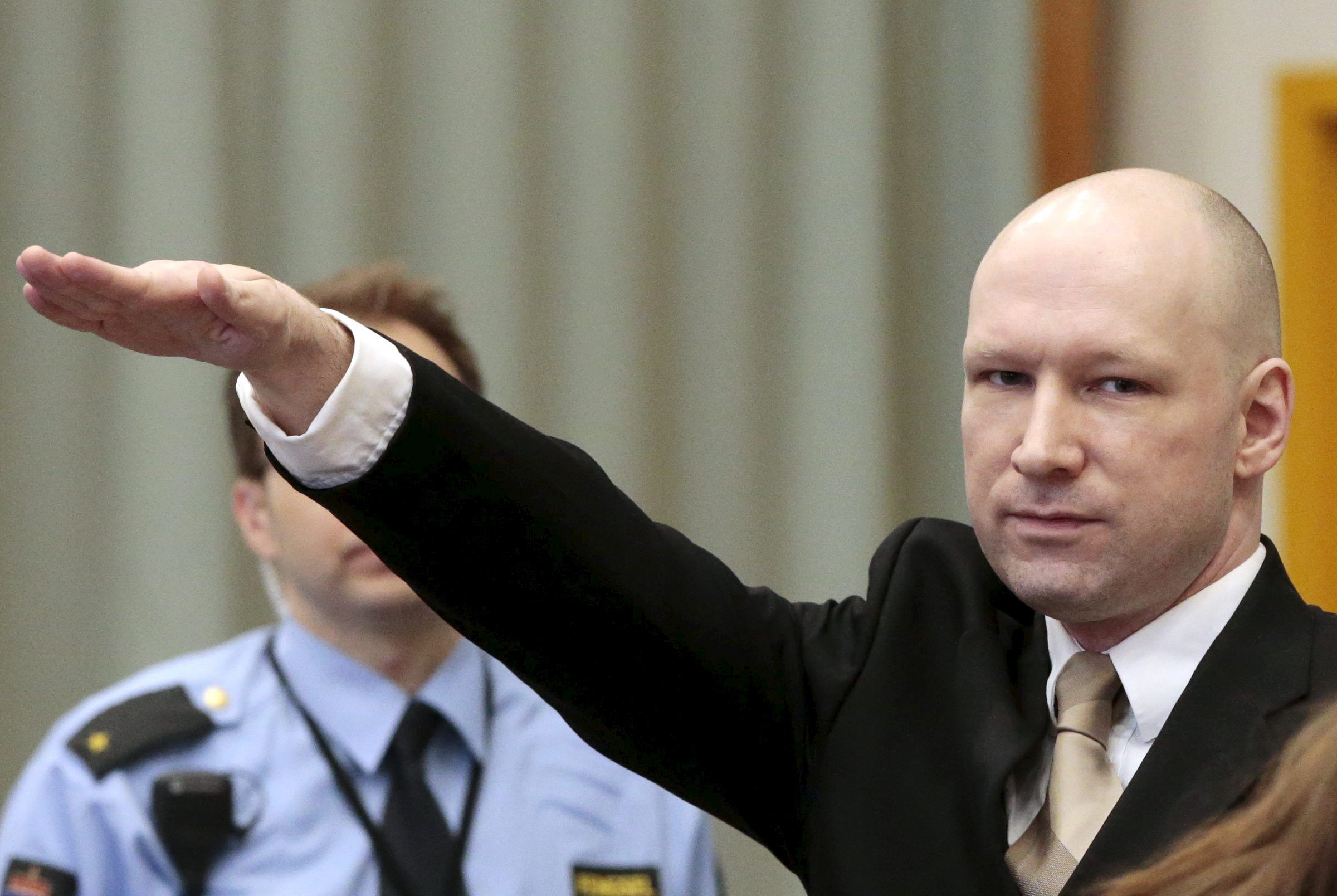 Anders Breivik Nazi salute