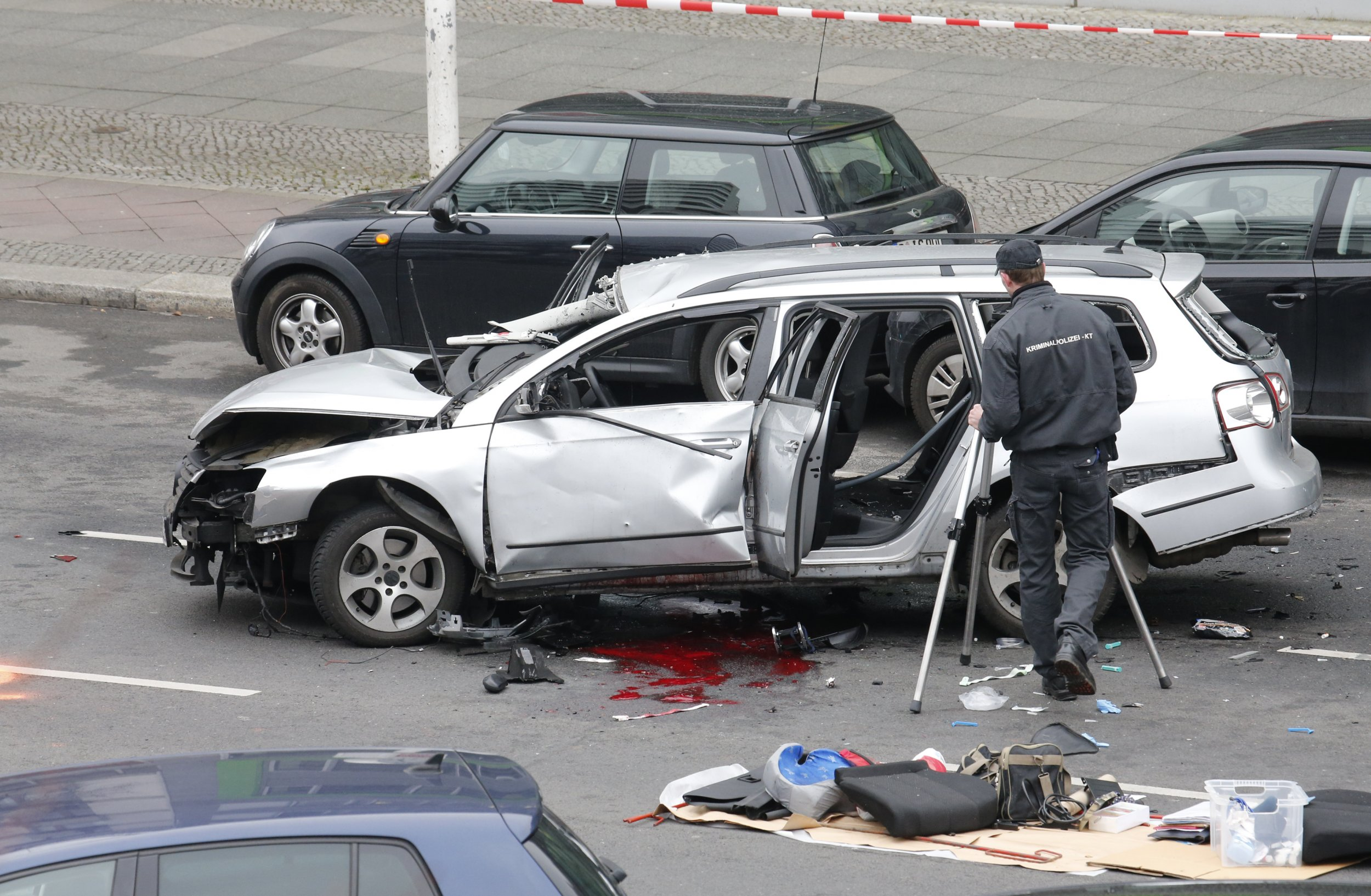 Car bomb kills one in Berlin.