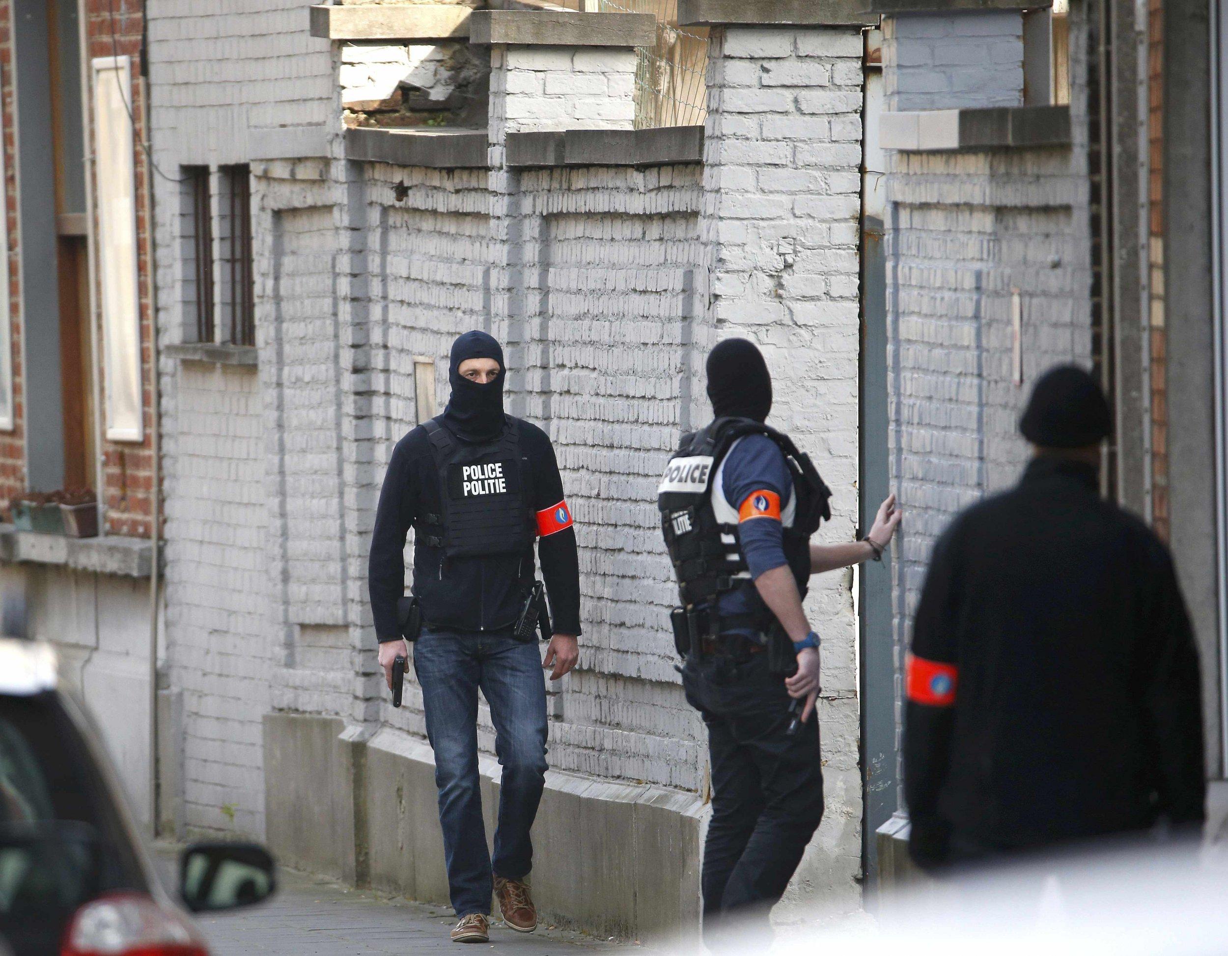 belgium_anti-terror_raid_0315