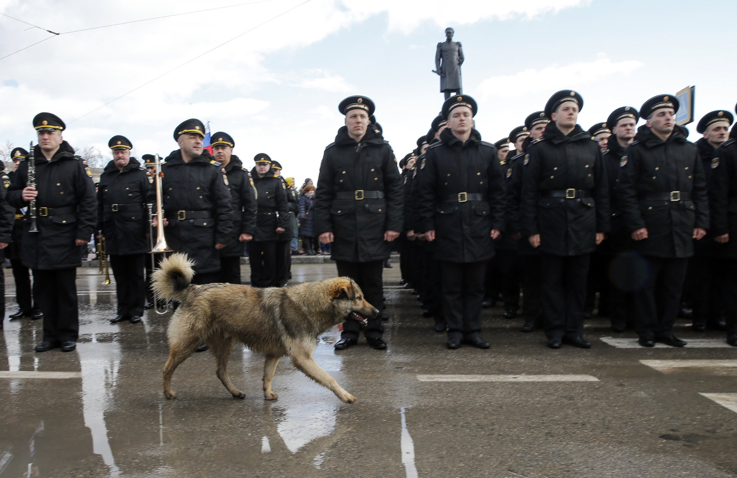 Russia Begins Military Drill in Crimea as Ukraine Tension Mounts