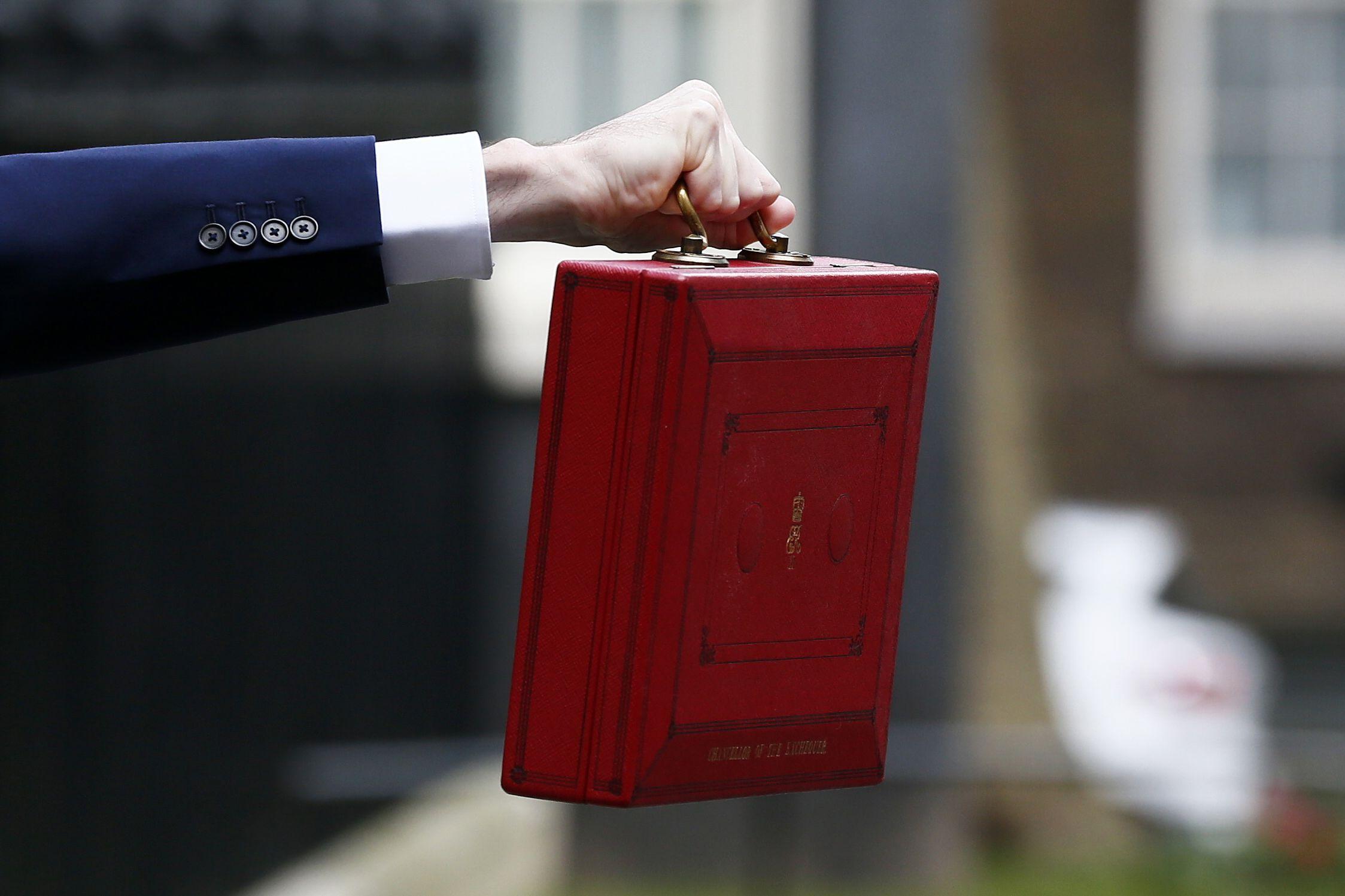 16/03/2016_Budget Red Box