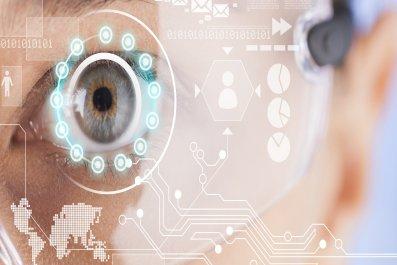 augmented reality wearable technology show smartglasses