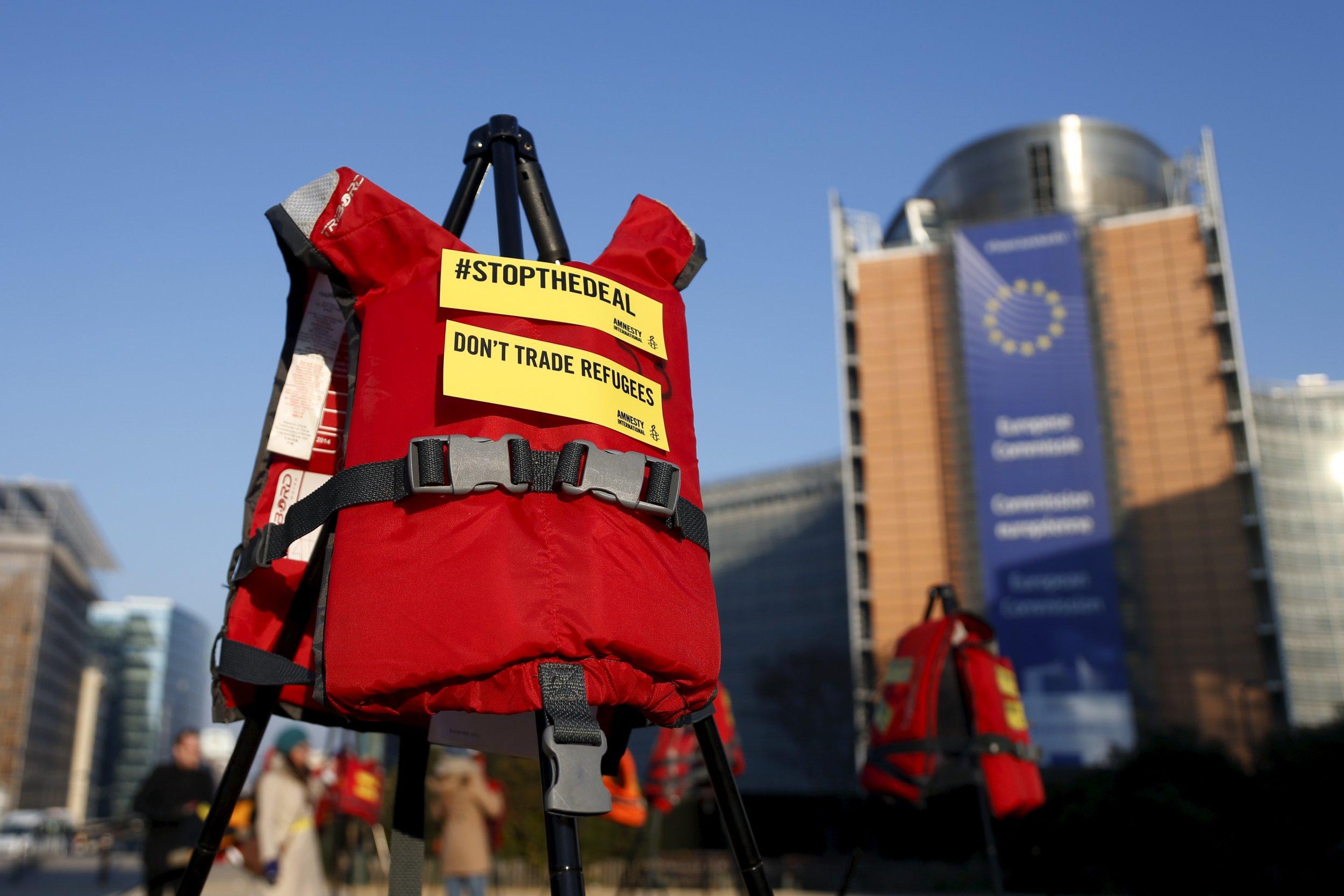 17/03/2016_Lifejackets In Brussels