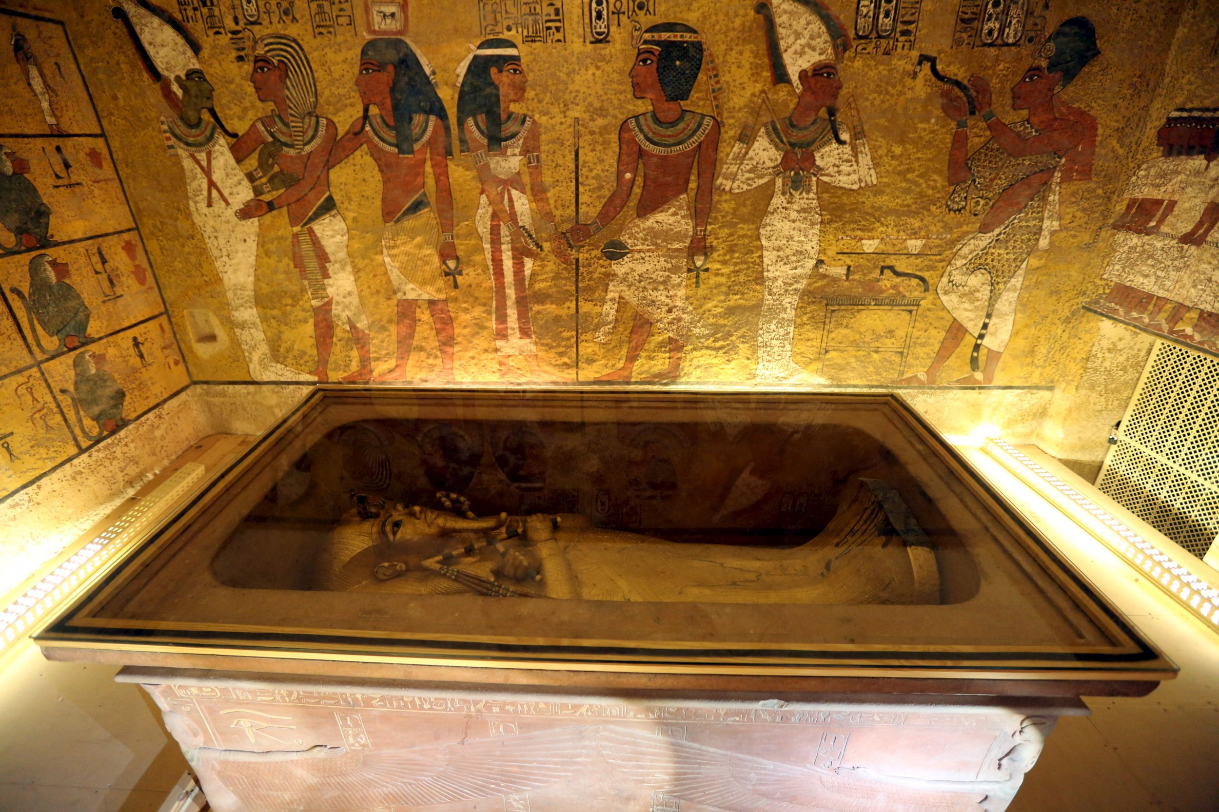The Curse Of King Tuts Tomb Torrent: Scans Of King Tutankhamun's Tomb May Have Revealed