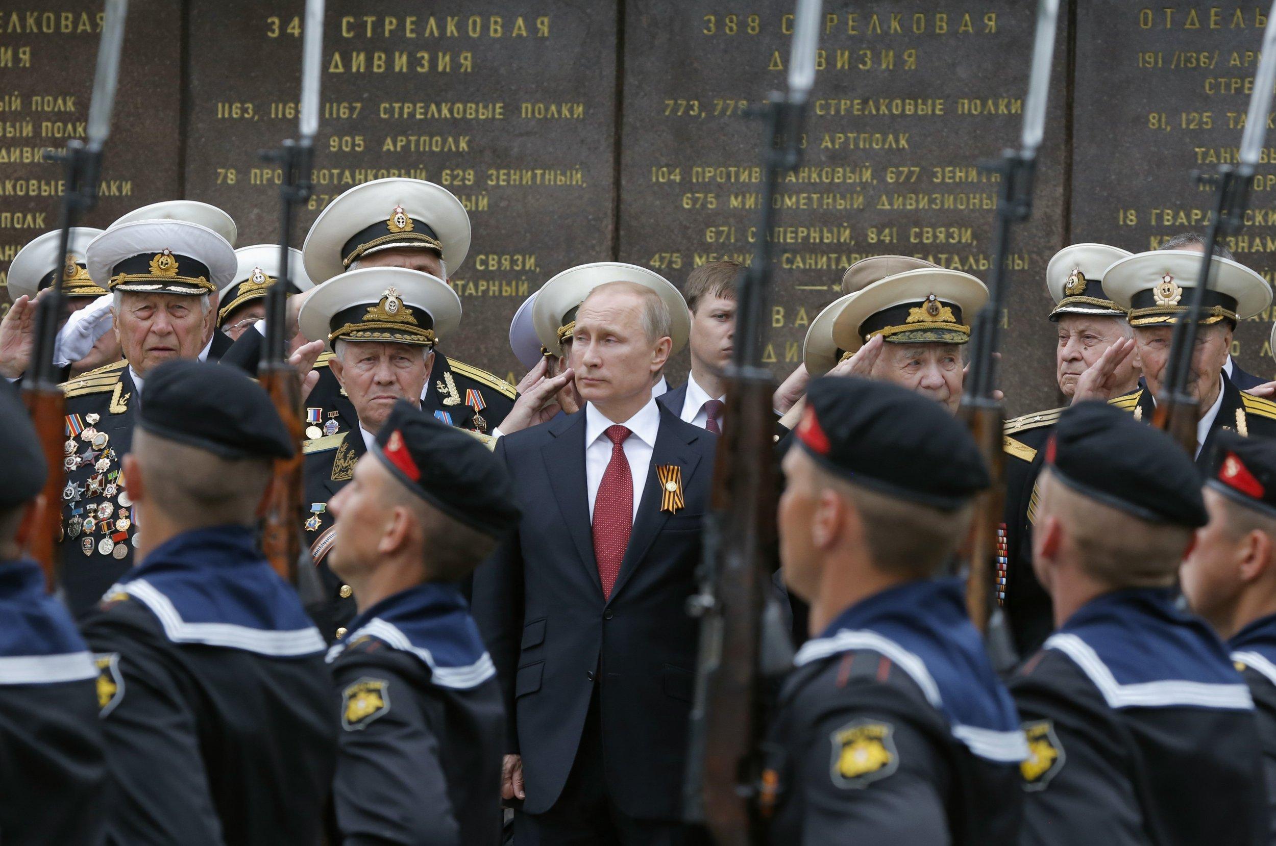 03_21_Putin_Paranoia_01