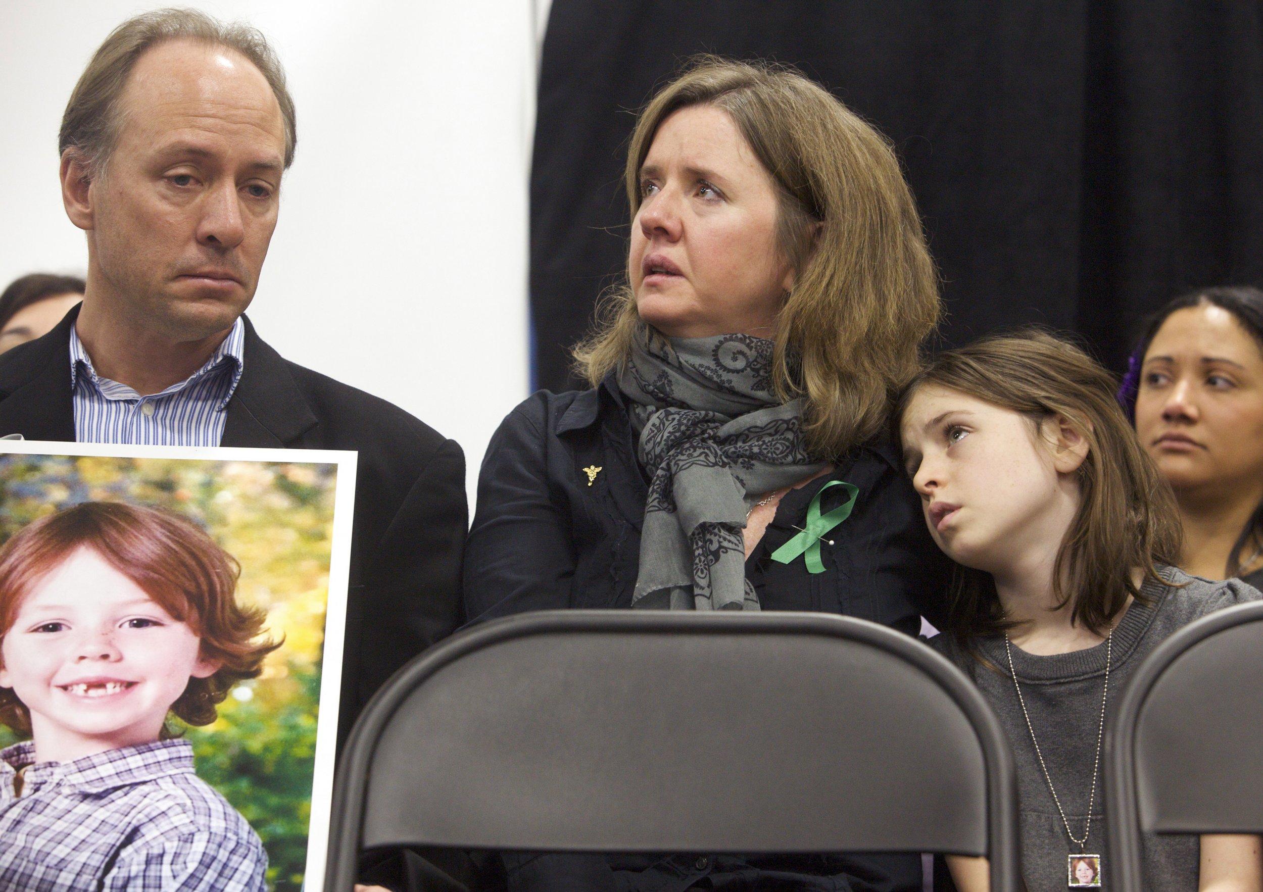 sandy hook parents call out bernie sanders for gunmaker