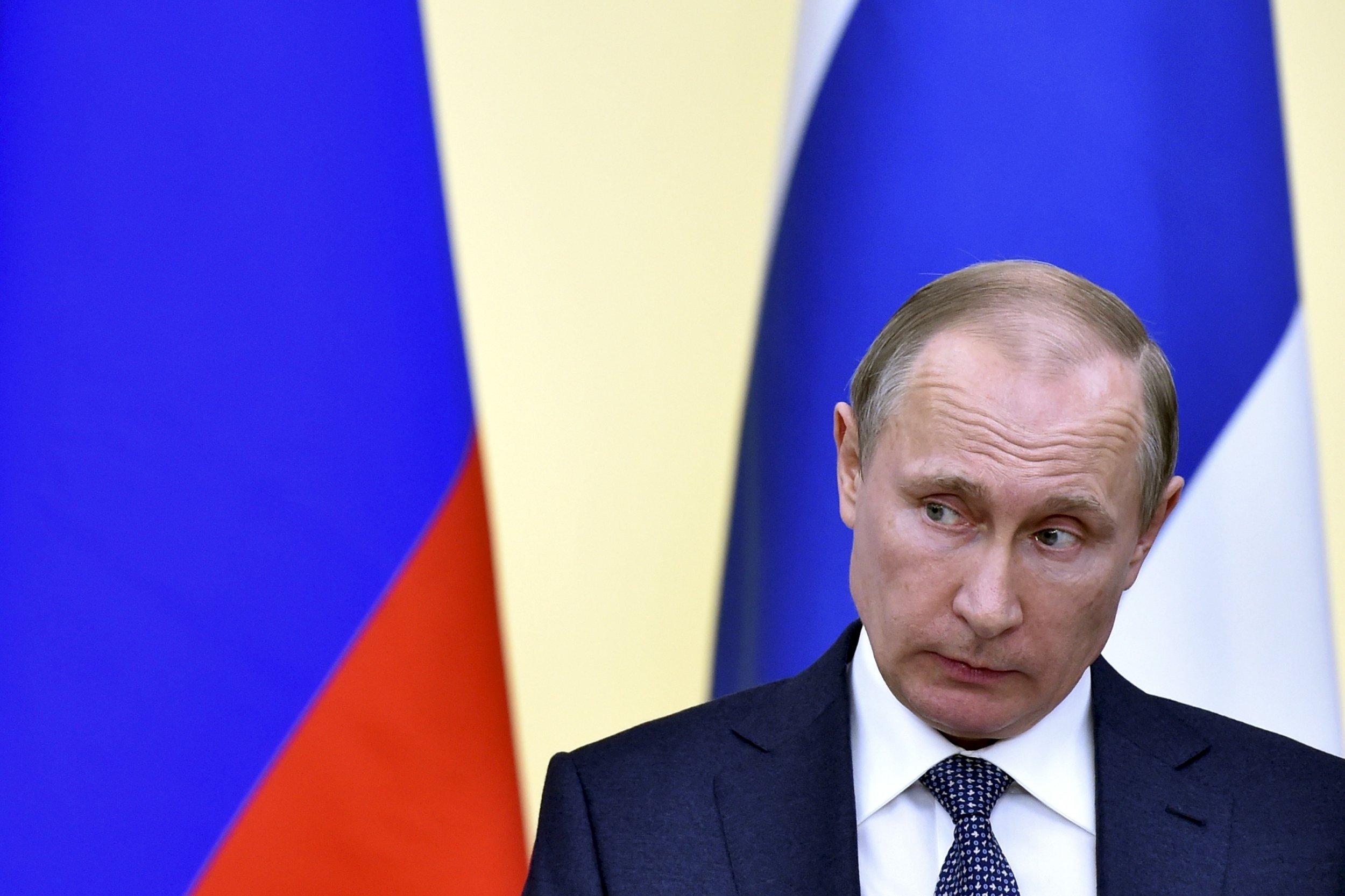 03_24_Putin_Weakness_01