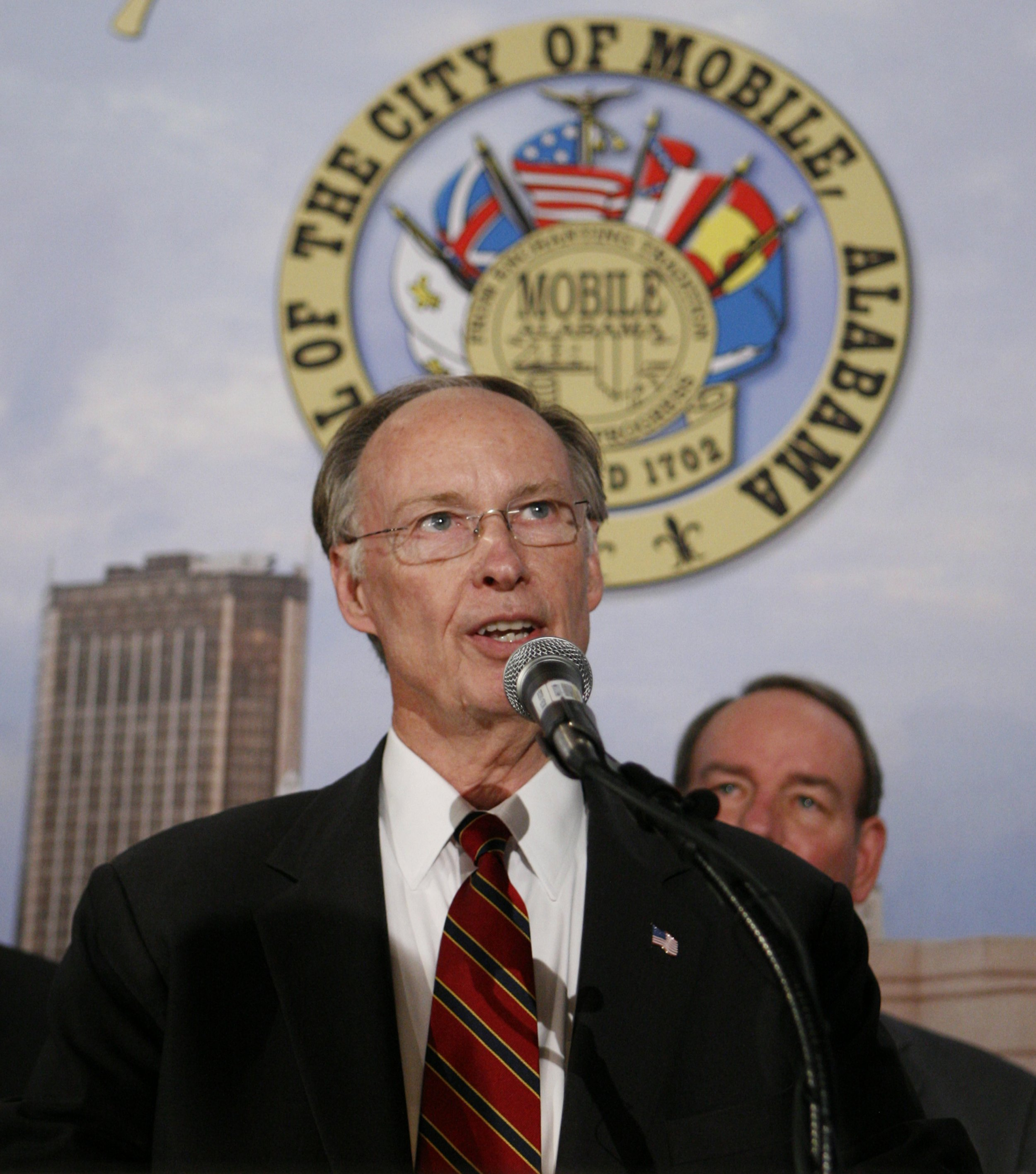 03_24_Robert_Bentley_Alabama_Governor_Sex_Scandal