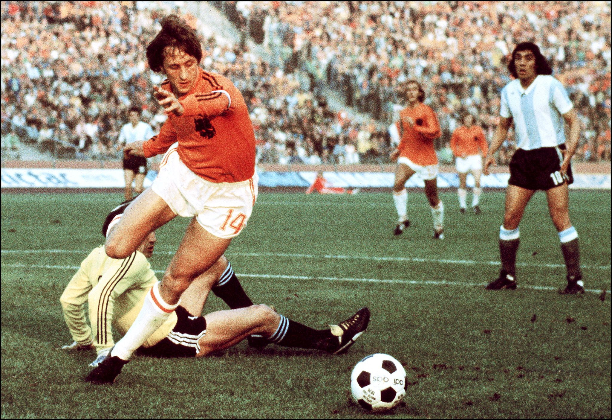 Johan Cruyff was widely acclaimed as one of the greatest footballers of all time.
