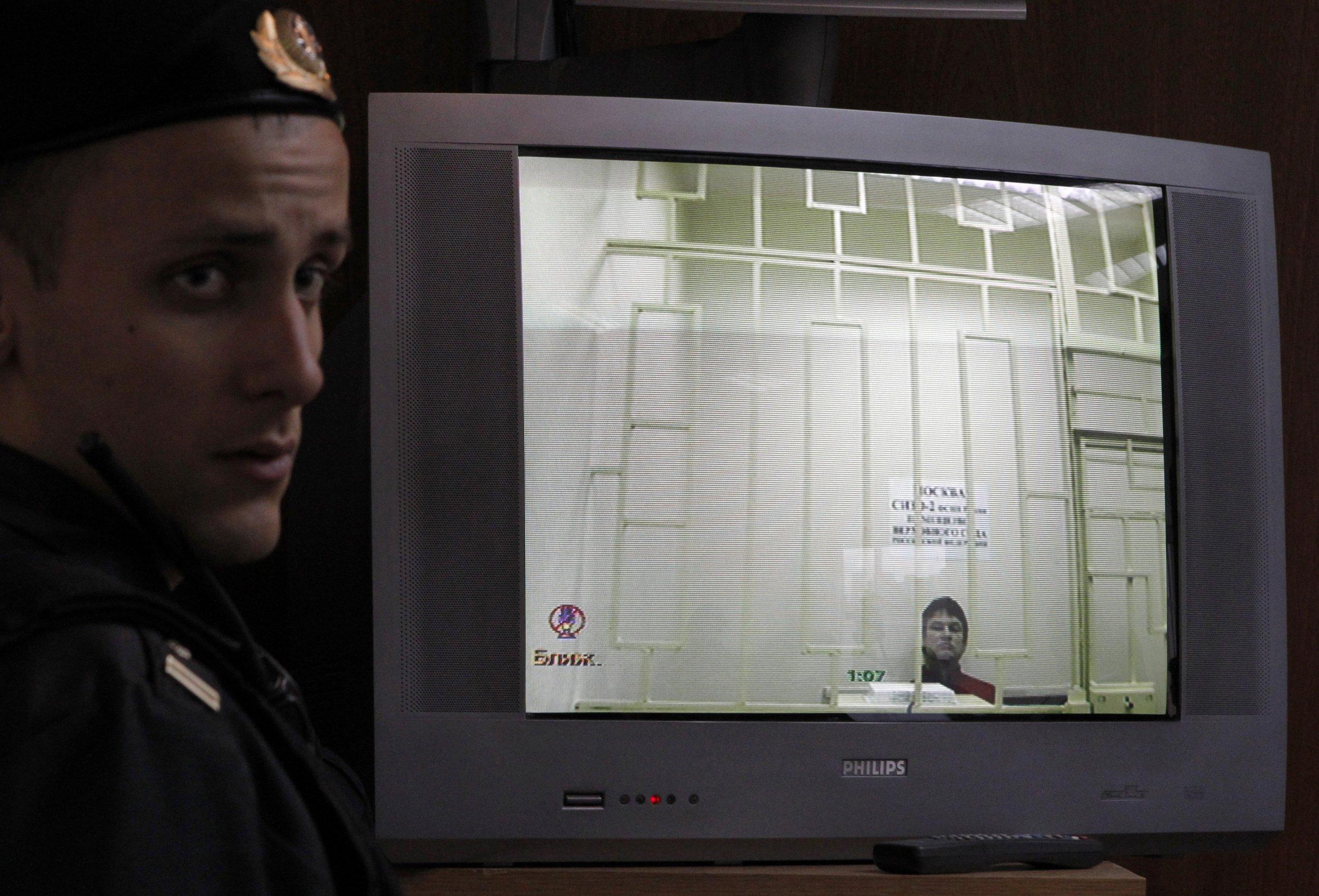 04_08_RussiaTorture_01