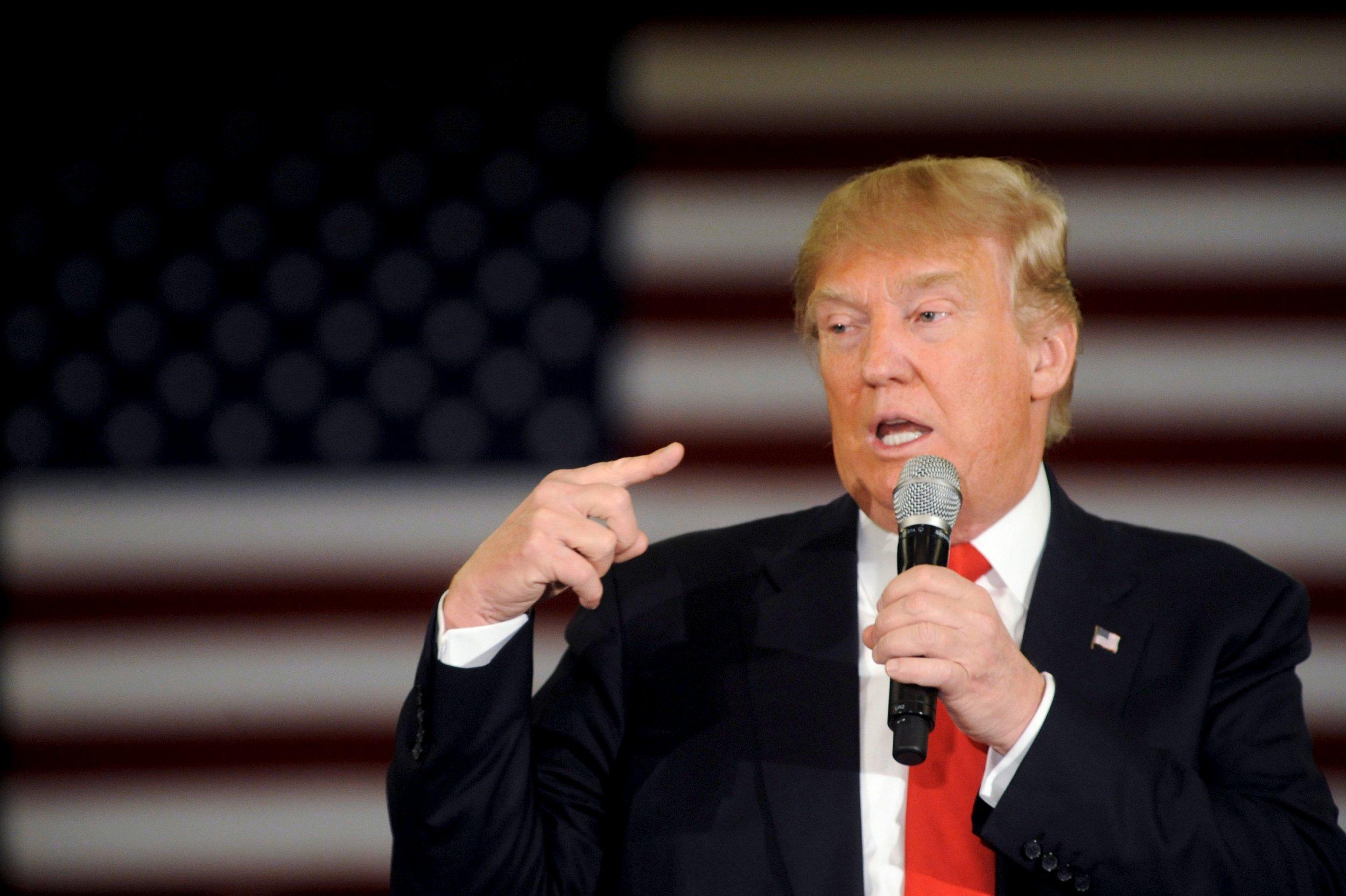0330_Donald_Trump_town_hall_02