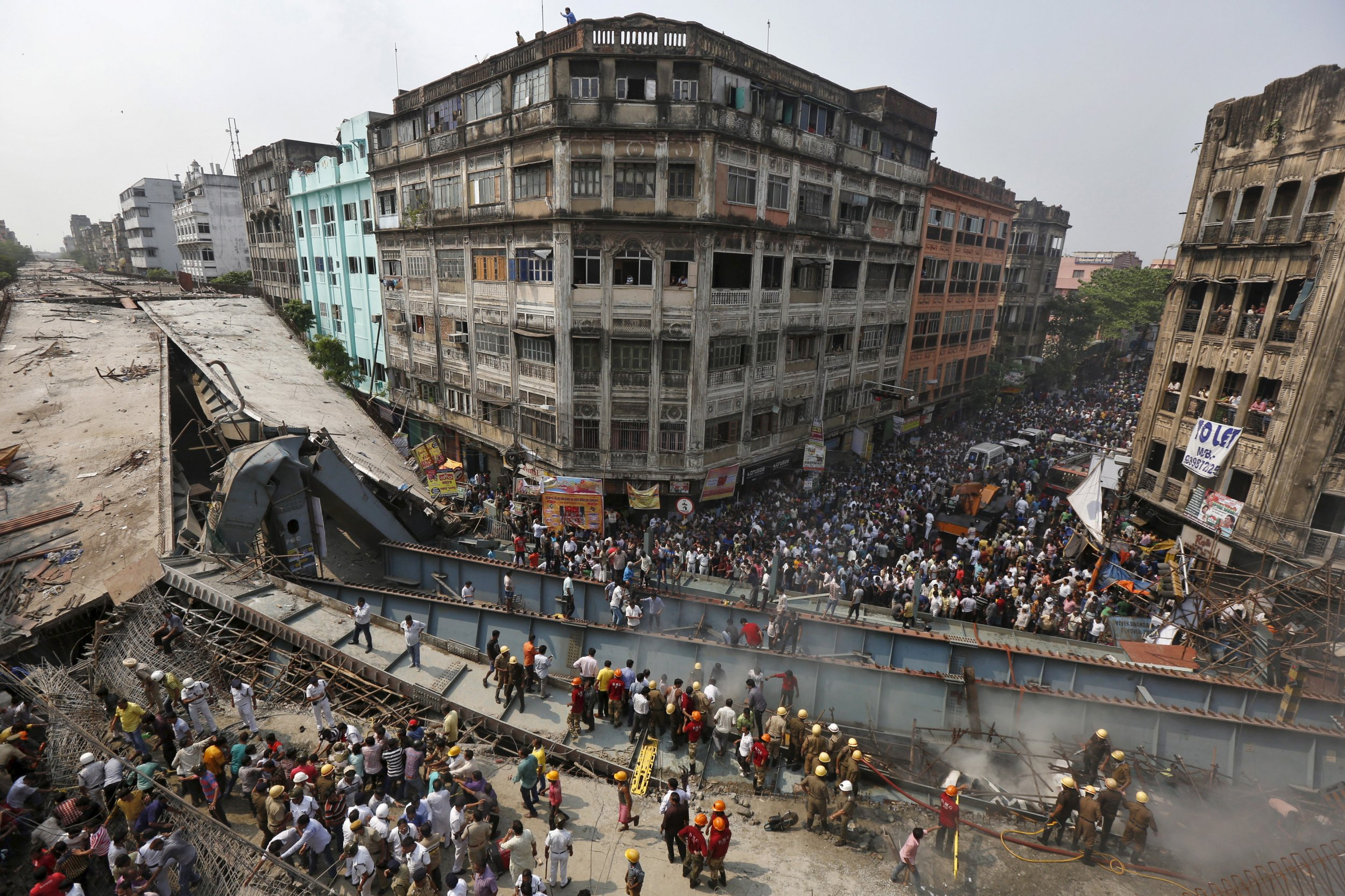 03_31_India_Overpass_Collapse_01
