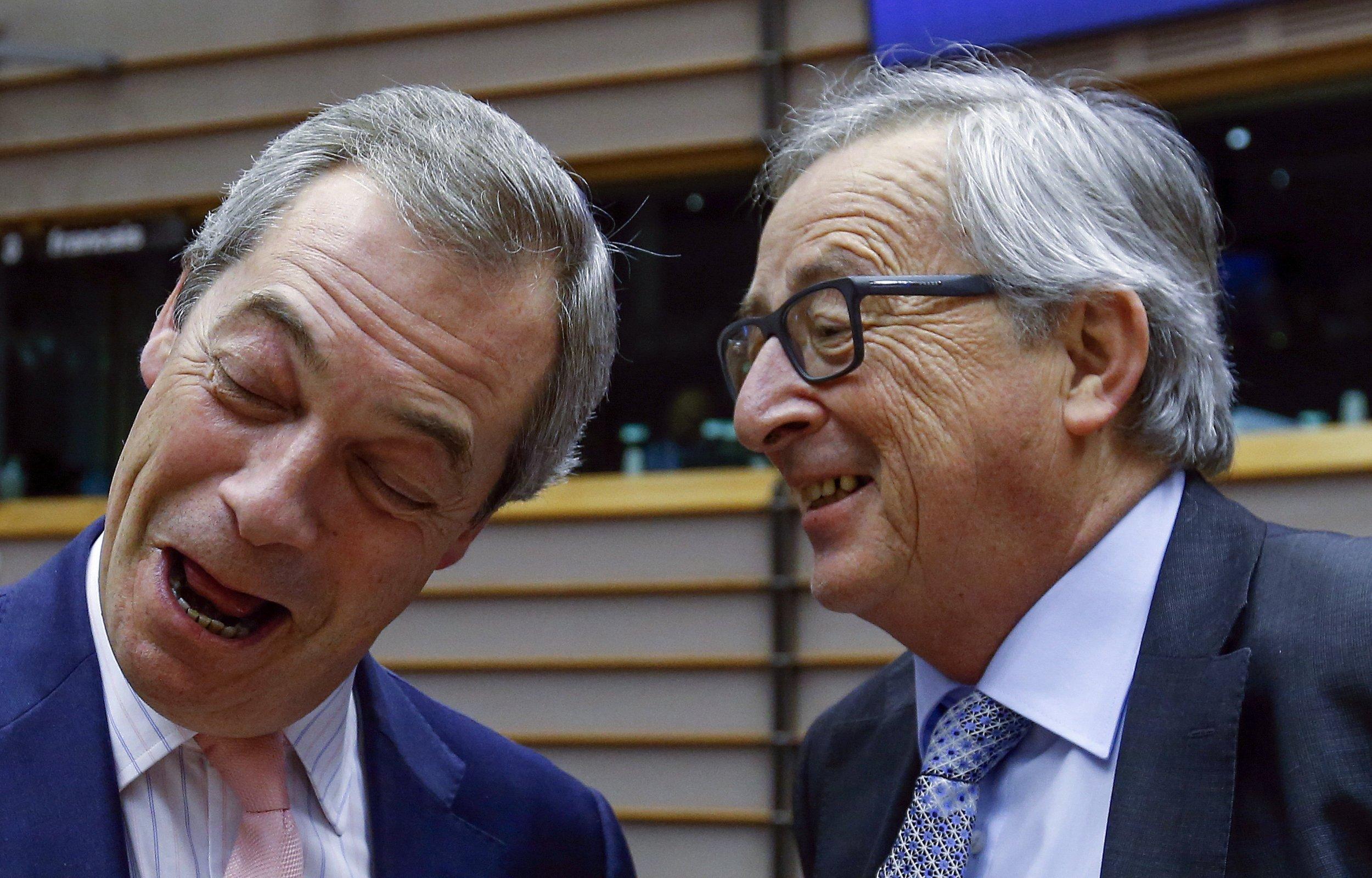 24/02/2016_Farage Juncker