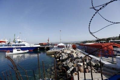 04/04/2016_Turkey Refugee Returns